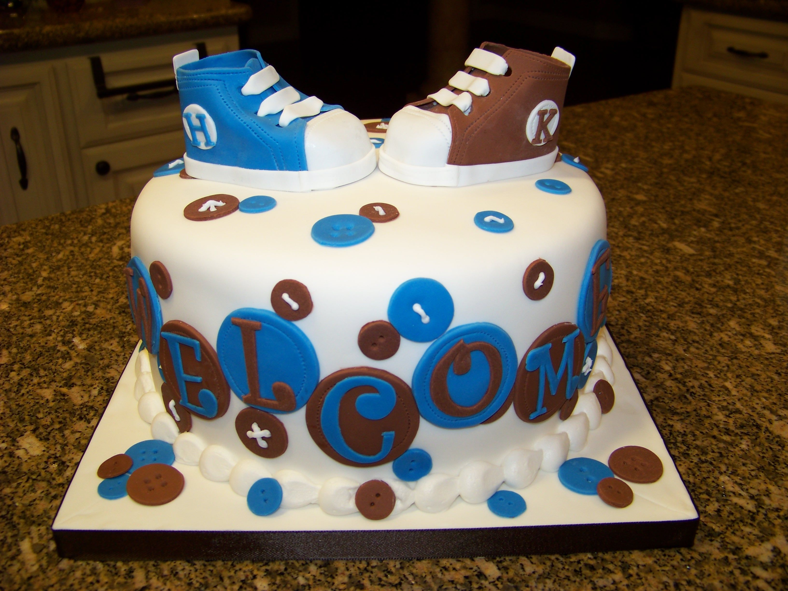 Baby Shower Cake Pictures For Twins : Twins baby shower cake Baby Shower Ideas Pinterest
