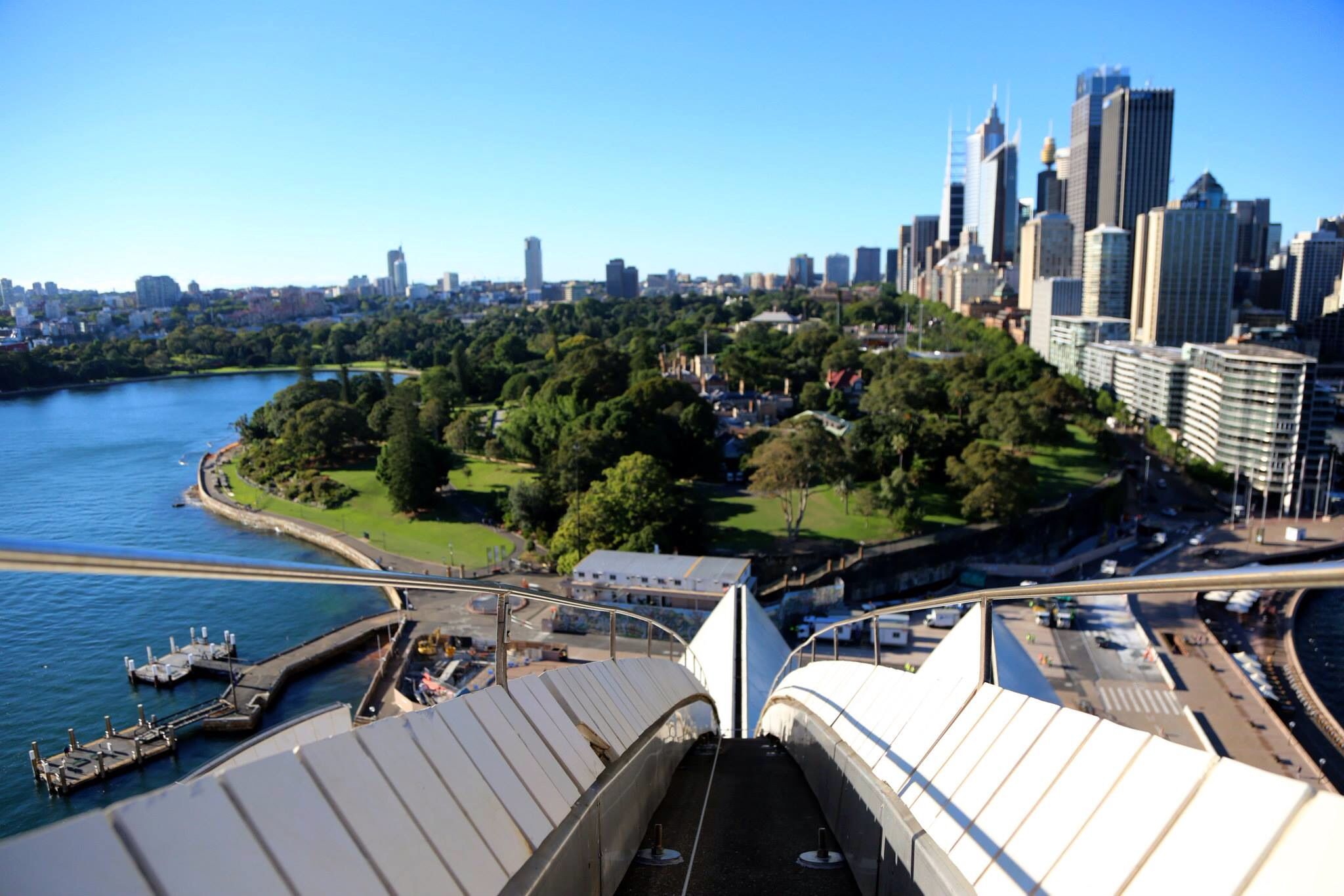 the sydney opera house tourism essay Today it is australia's number one tourist destination, welcoming more than 82  million visitors a year and one of the world's busiest performing arts centres,.