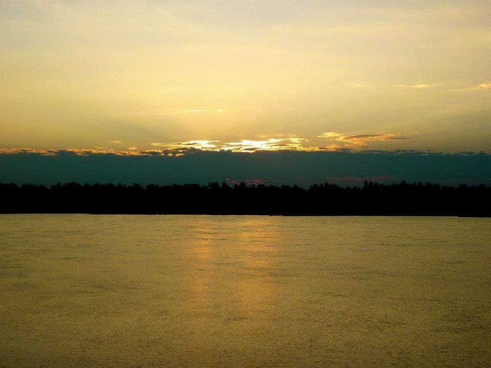 Kratie Cambodia  city photos gallery : Kratie, Cambodia, Mekong River | Maravilhas da Natureza | Pinterest
