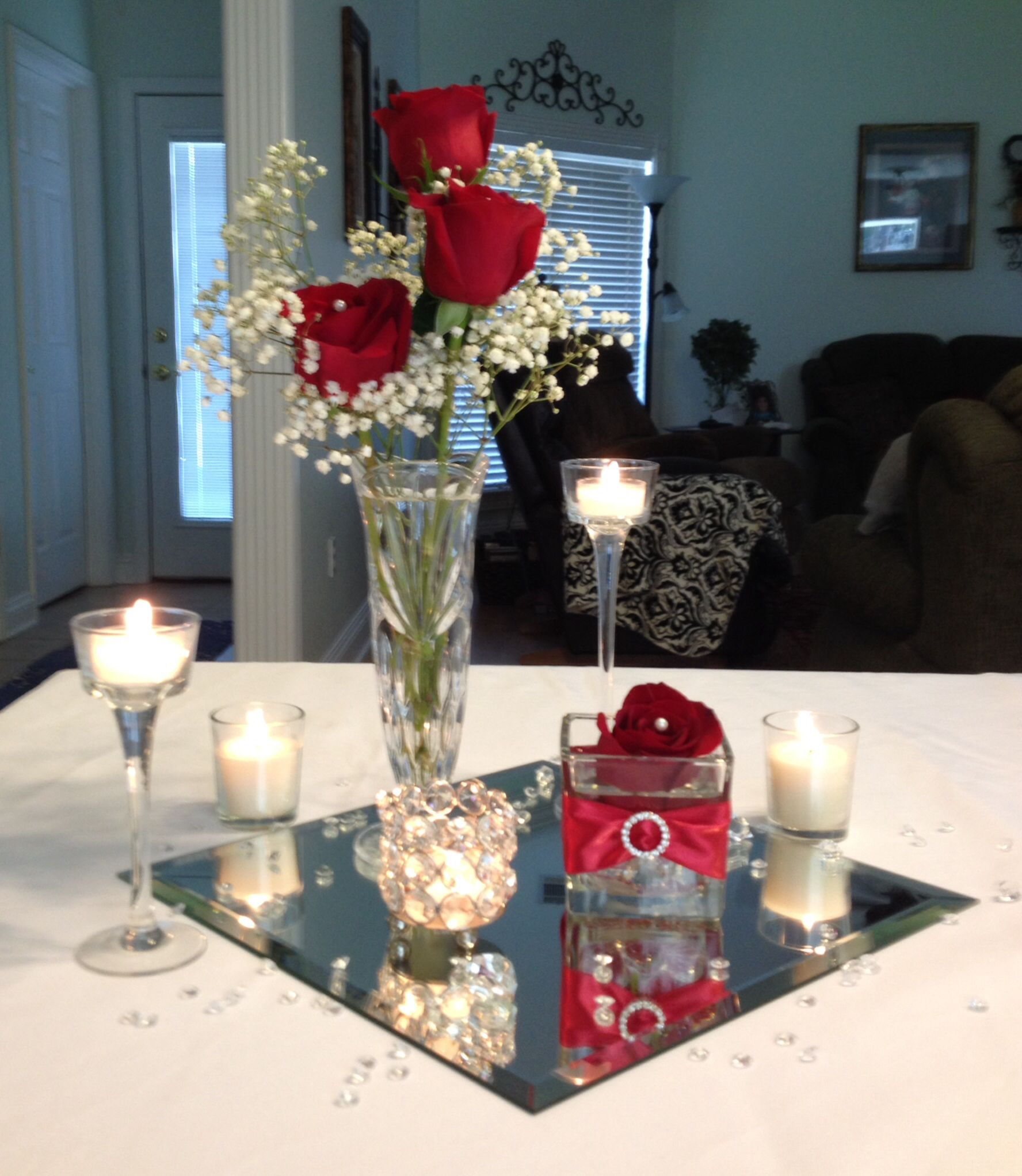 Low budget wedding centerpiece by vera one day now a for Inexpensive wedding centrepieces