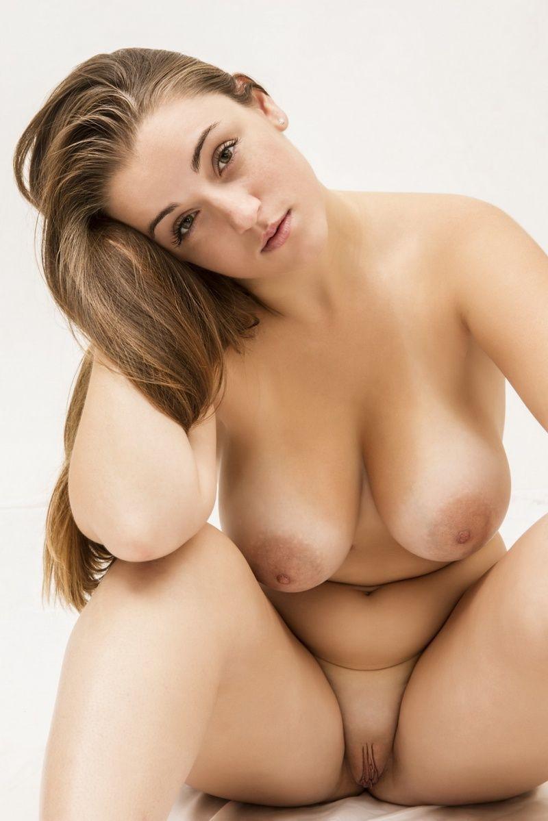 Curvy nudes naked movie