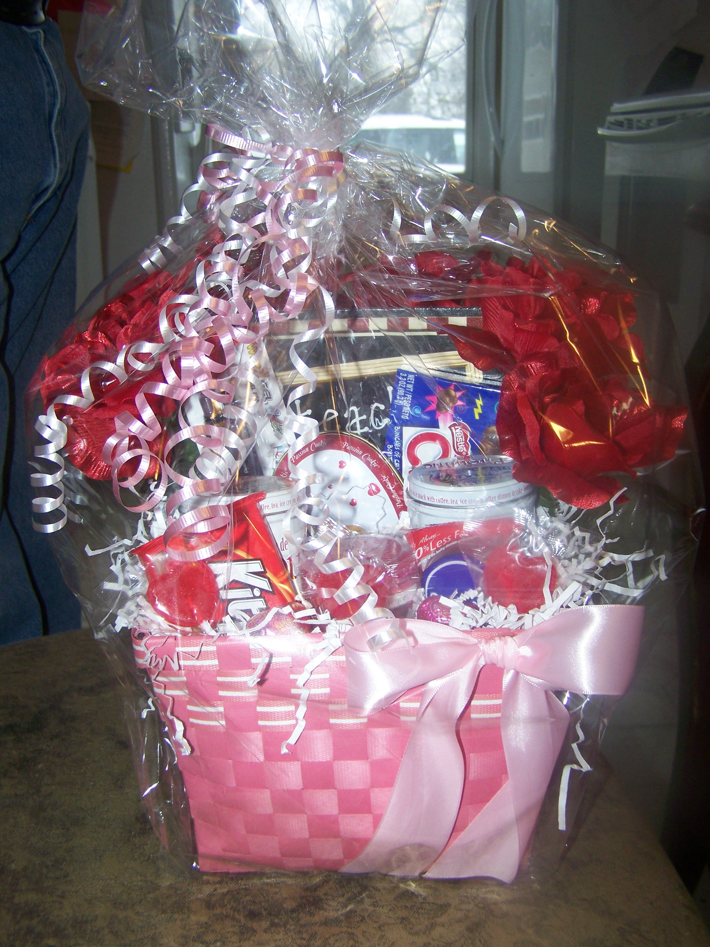 valentine's day basket for him pinterest