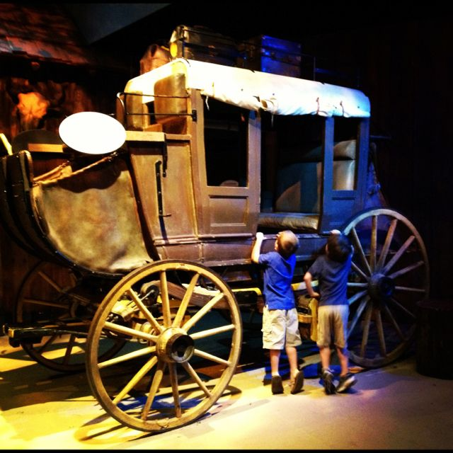frontier in stagecoach Early-day texas travelers had only four choices when they needed to get from one town to another — walk, ride a horse, bounce along in a buggy or take a stagecoach.