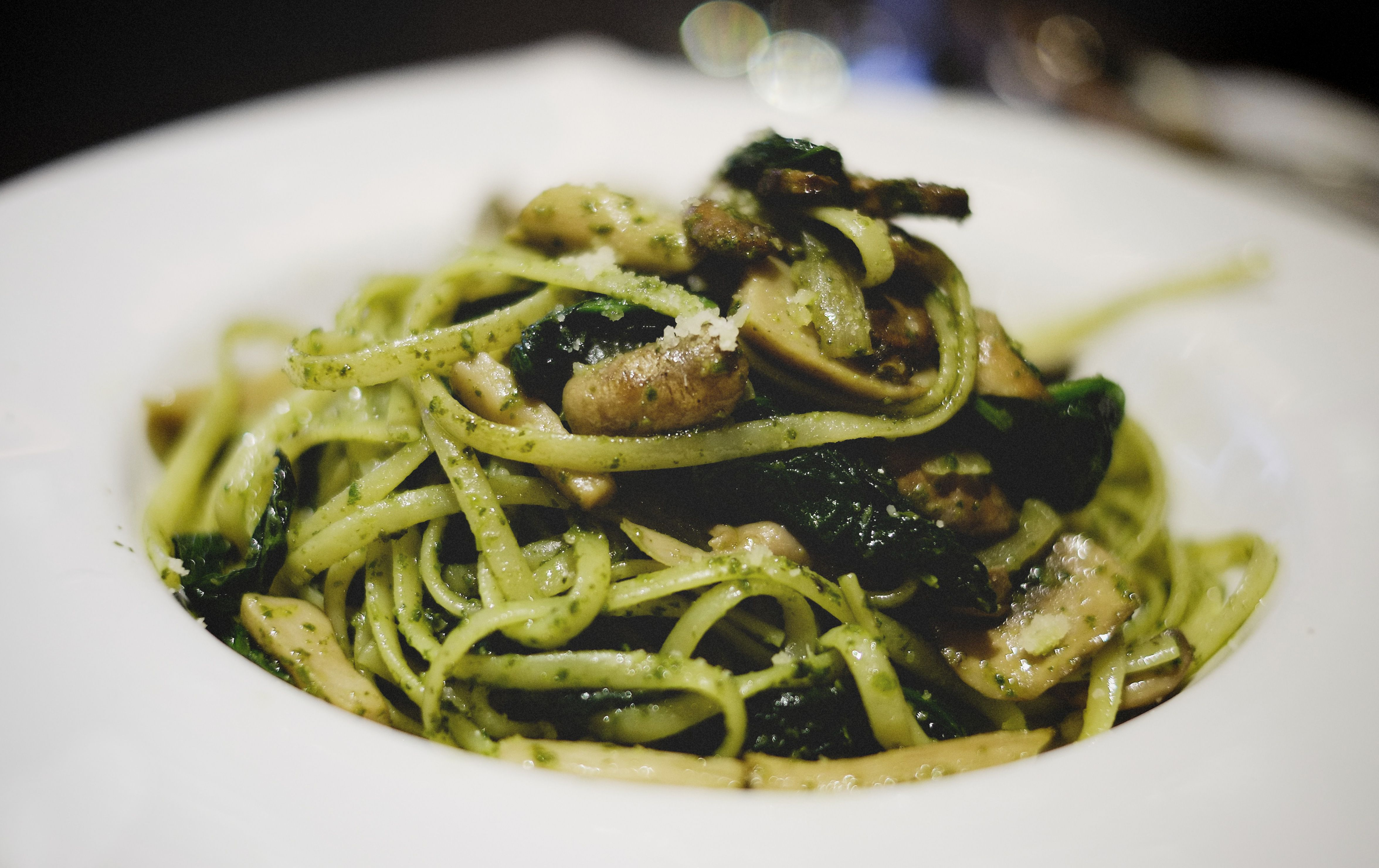 Spinach Pasta with Black Truffle | Foods I Likes | Pinterest