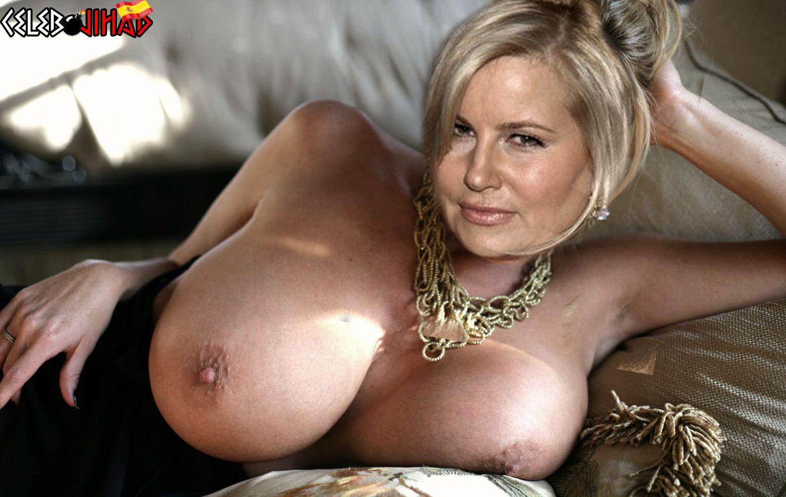 Jennifer Coolidge Nude Pics