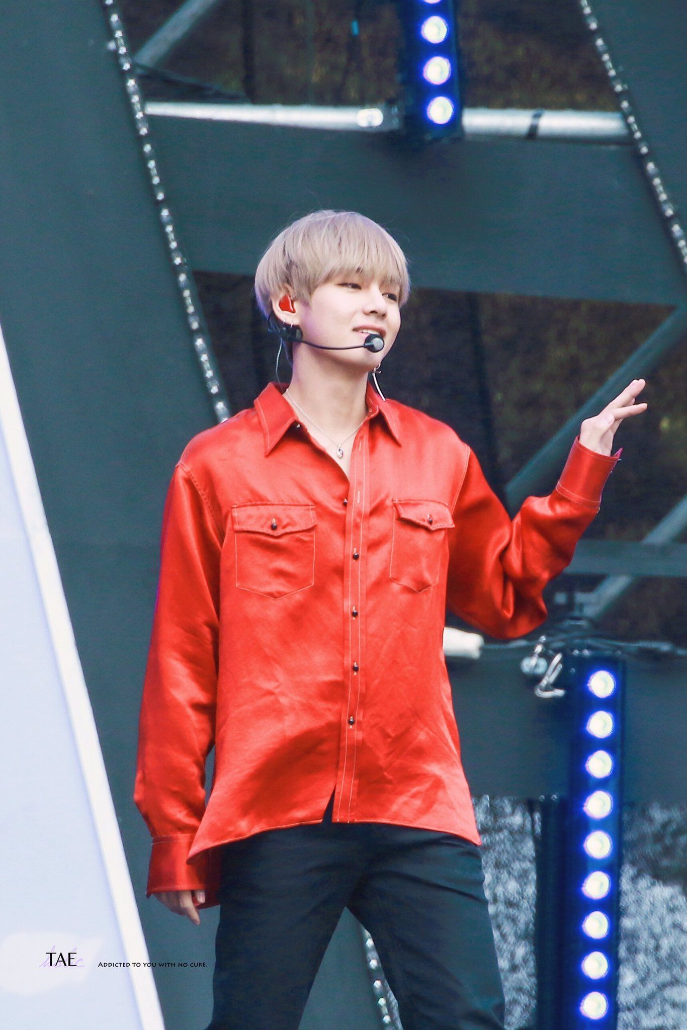 bts dna v red shirt