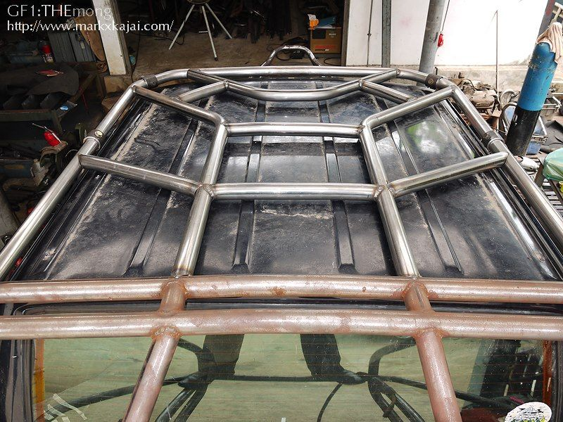 Share - Jeep cherokee exterior roll cage ...