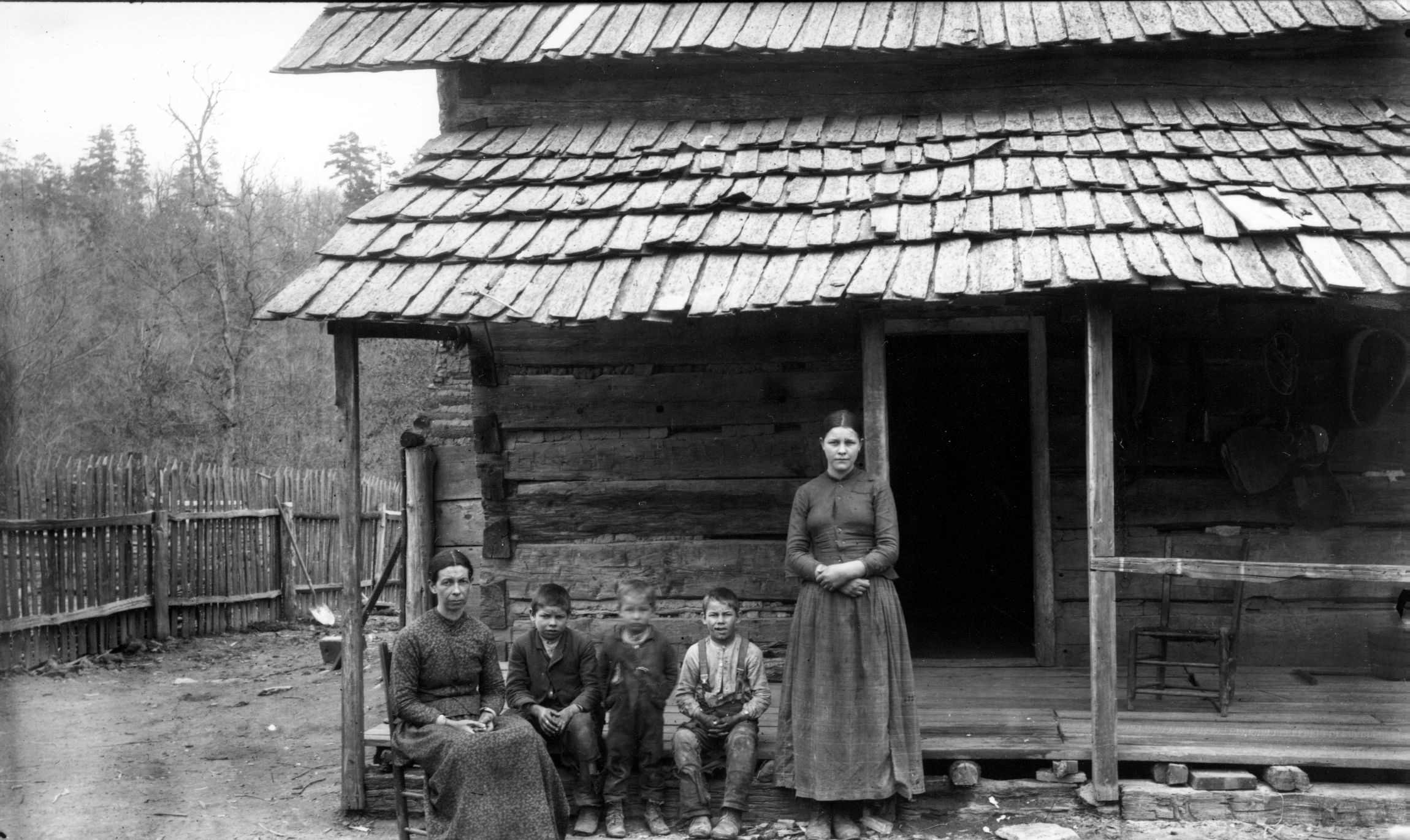 Early photo log cabin note shakes ranch ideas pinterest for Richard aiken cabin