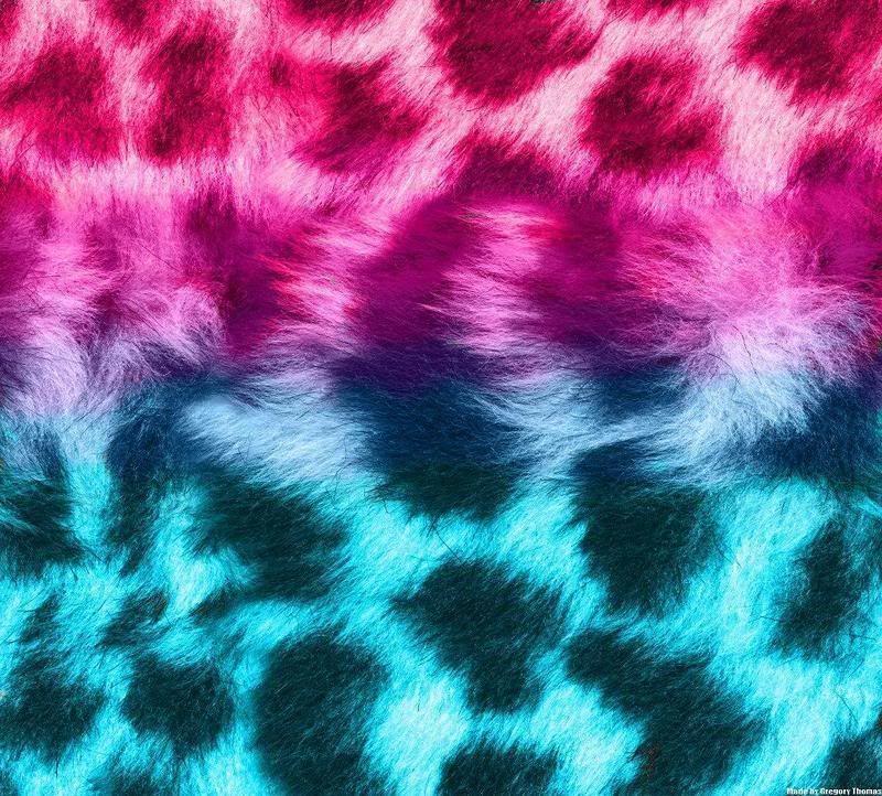 Blue leopard print wallpaper