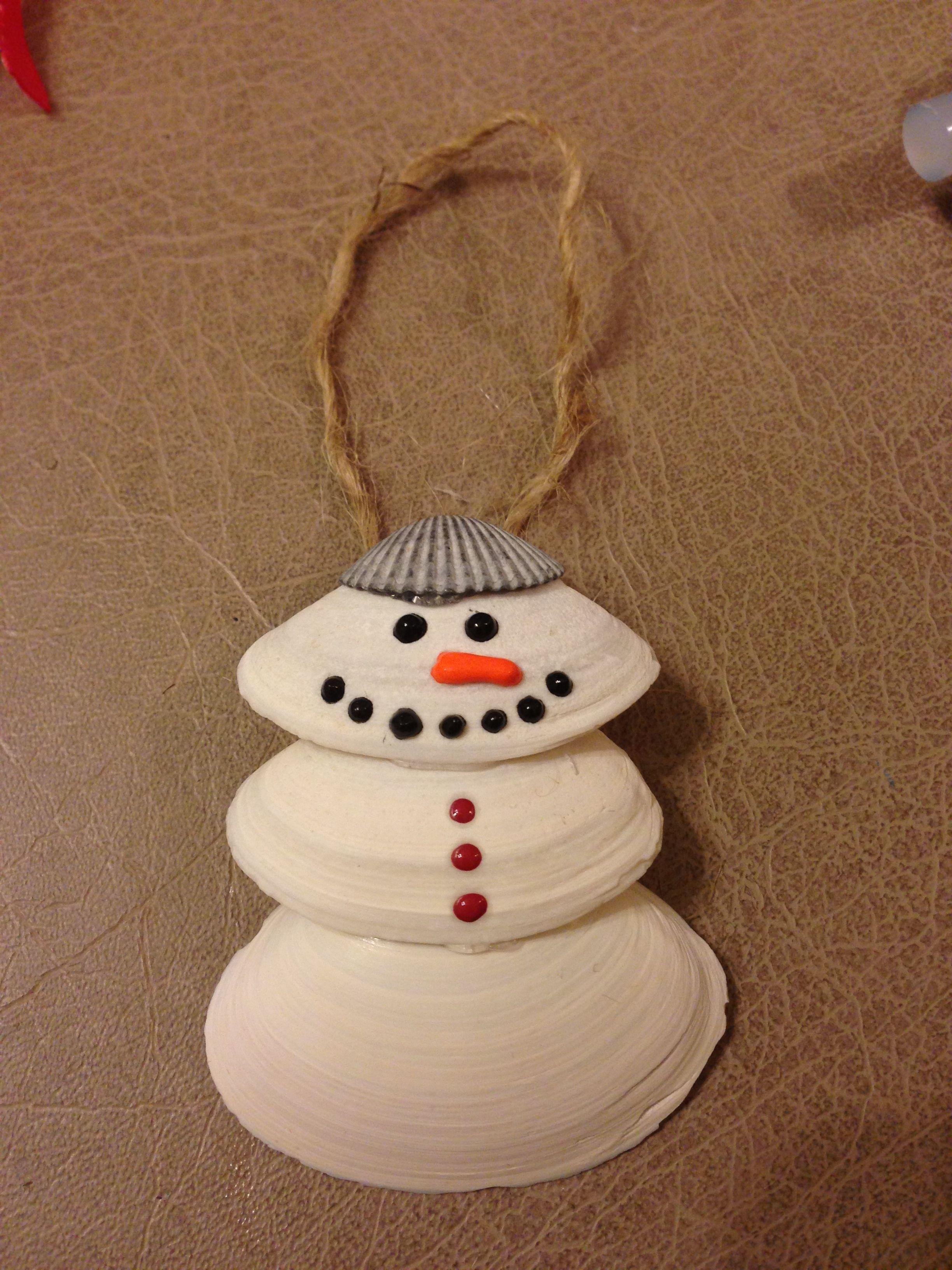 Snowman seashell ornament christmas tree theme pinterest for Christmas tree ornaments made from seashells