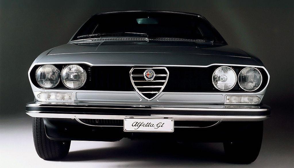 Alfa Spider 115 images
