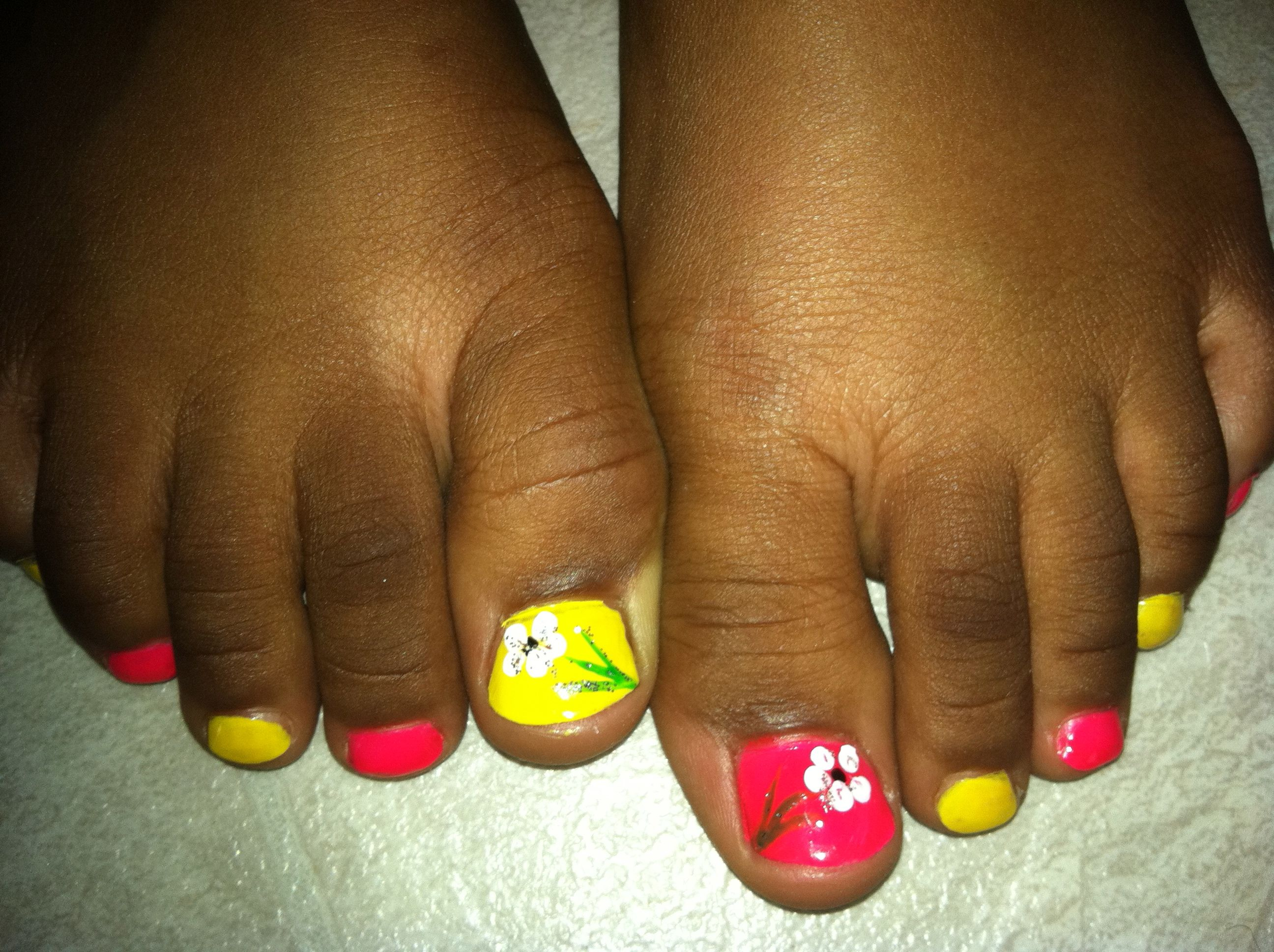 Colorful Pedicure #nails #summer | Nails Art & designs