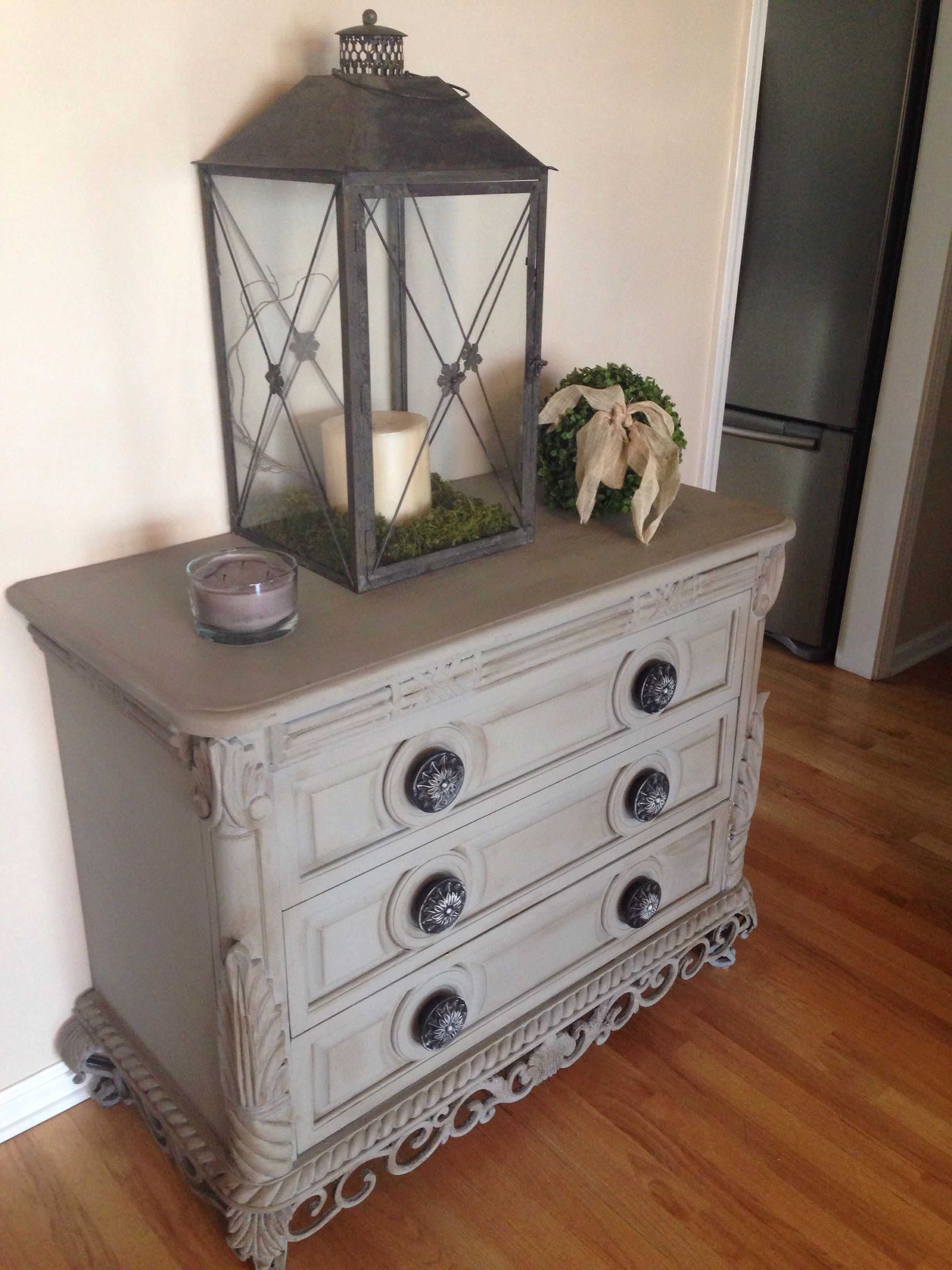 annie sloan paint in french linen painted furniture pinterest. Black Bedroom Furniture Sets. Home Design Ideas
