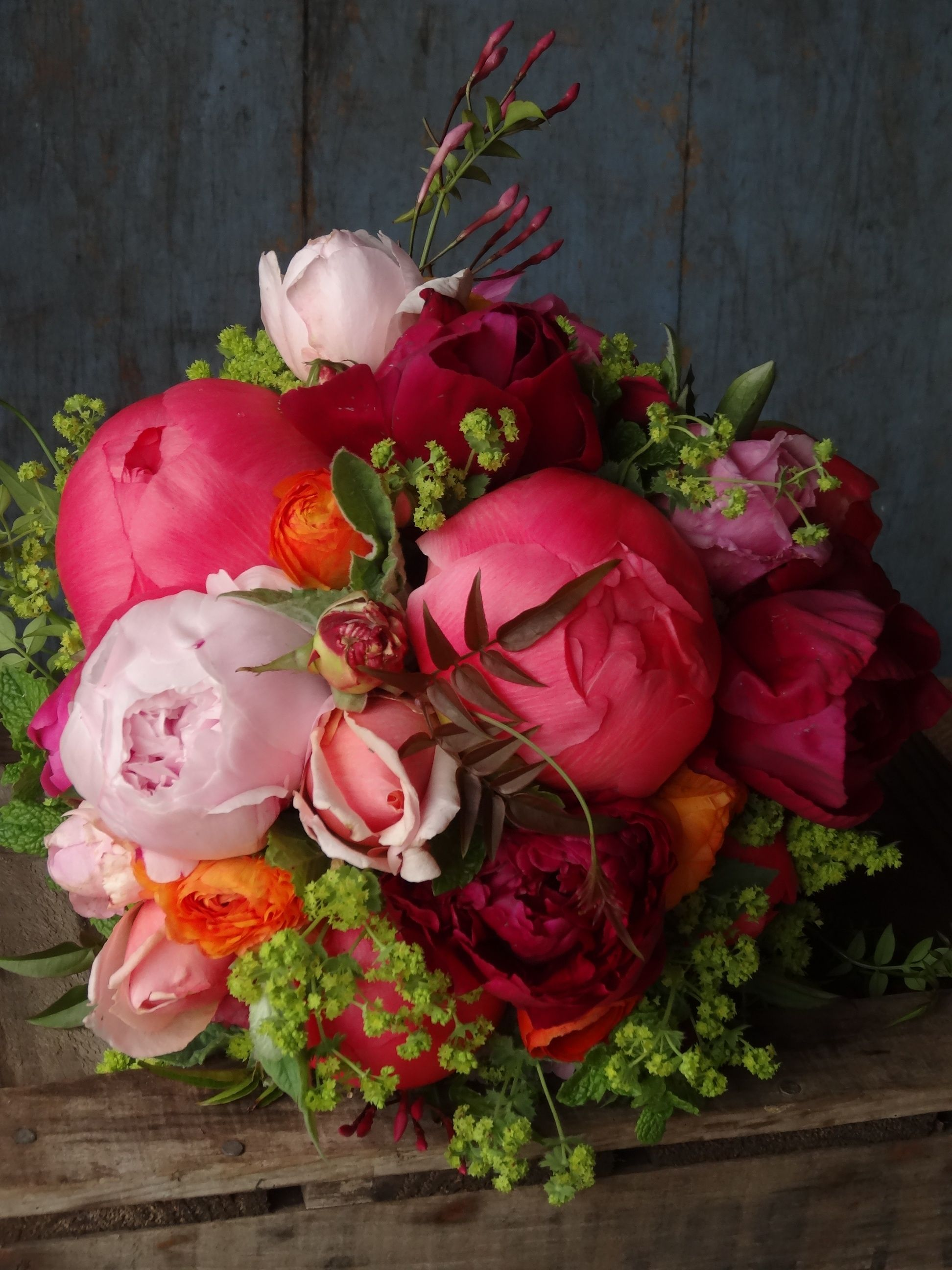 Pin By The Natural Wedding Company On Seasonal Spring Flowers March
