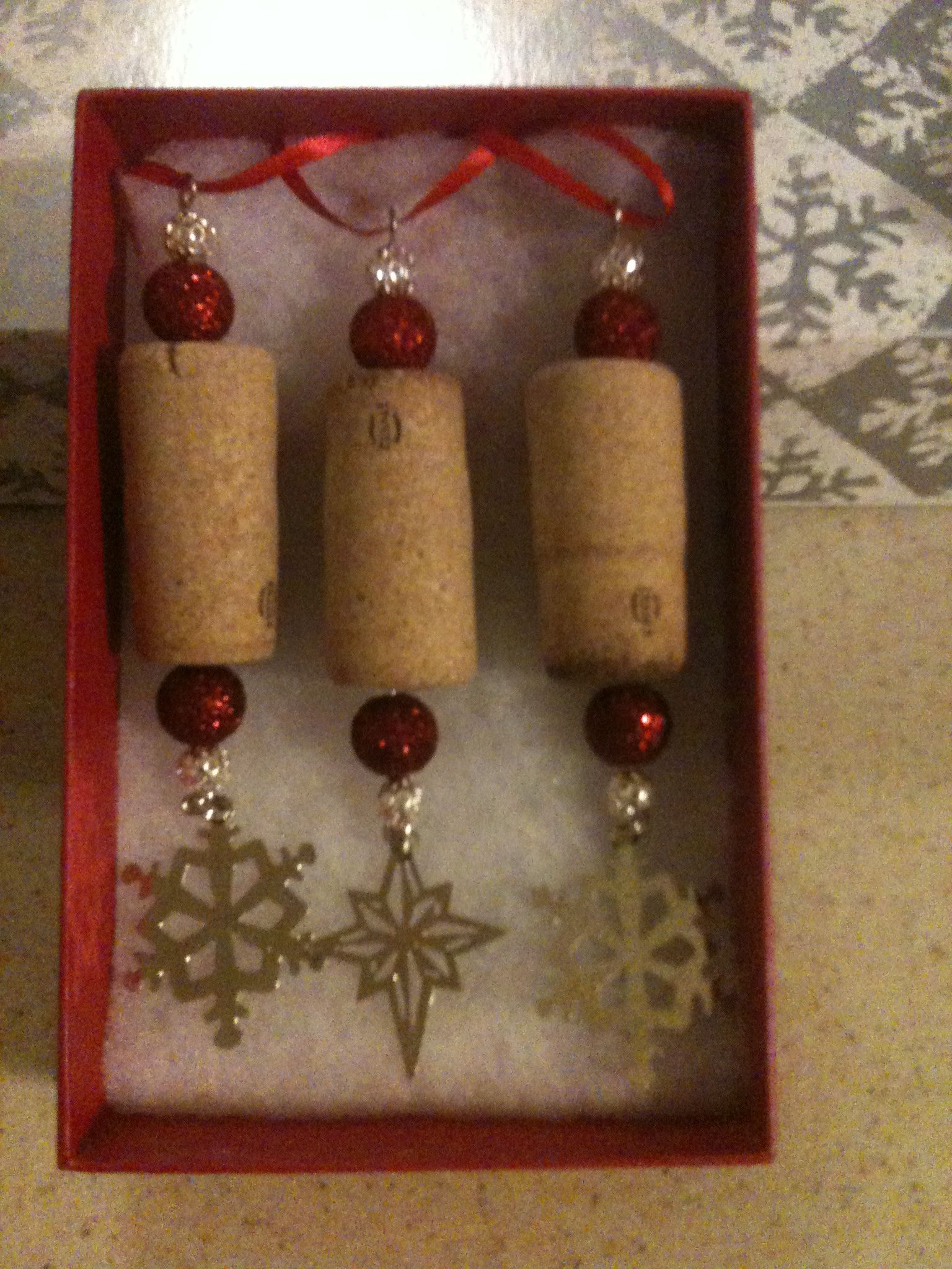 Ornaments made from wine corks - Wine Cork Ornaments Make One With A House Dangle For New House