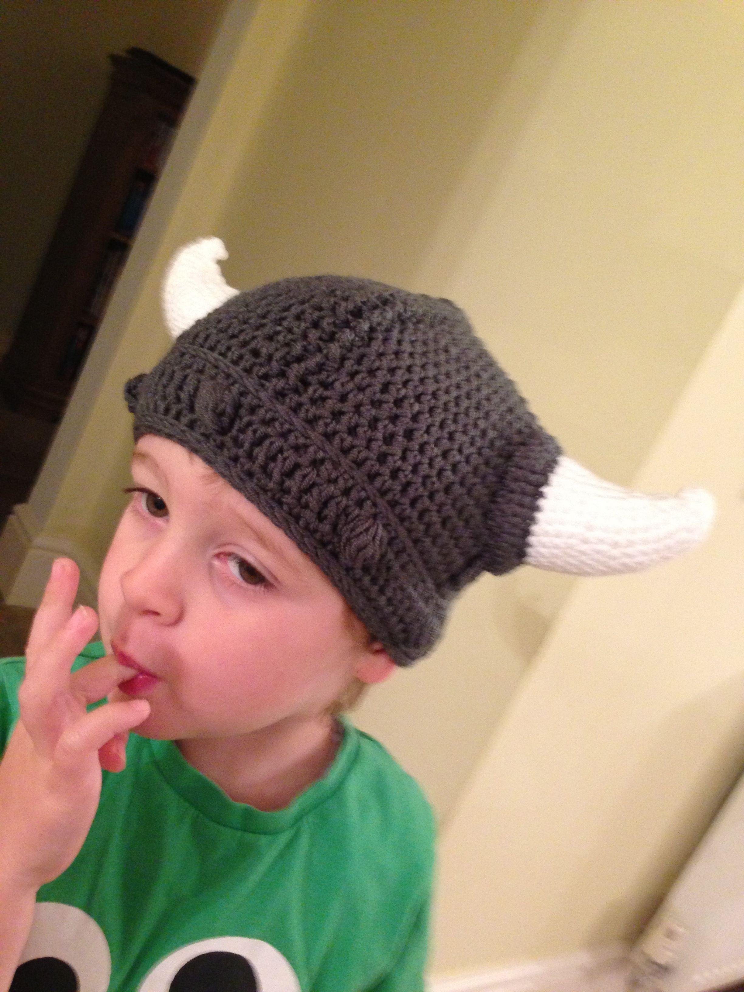 Crochet Viking Hat : Crochet Viking hat! Yarny To-Do List Pinterest