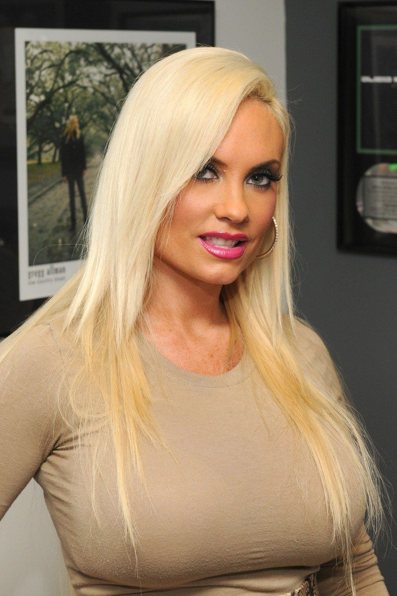 Nicole Coco Austin | Hollywood Beauty - 2010 - Today | Pinterest