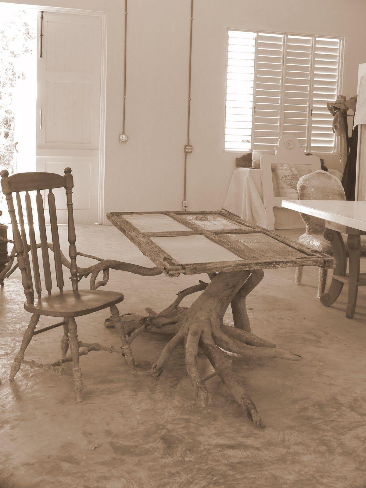 tree trunk table base  Farmhouse  Pinterest
