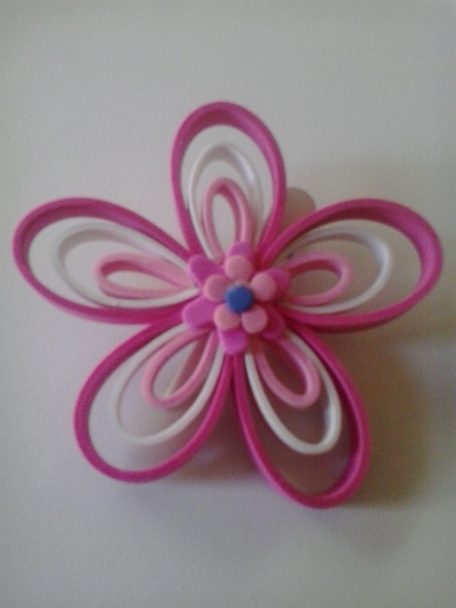 Horquilla pelo rosa en goma eva fofuchas pinterest - Flore de goma eva ...