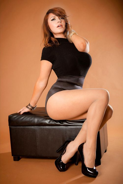 Beautiful curvy women, hotpinups: | via Tumblr | curve ...