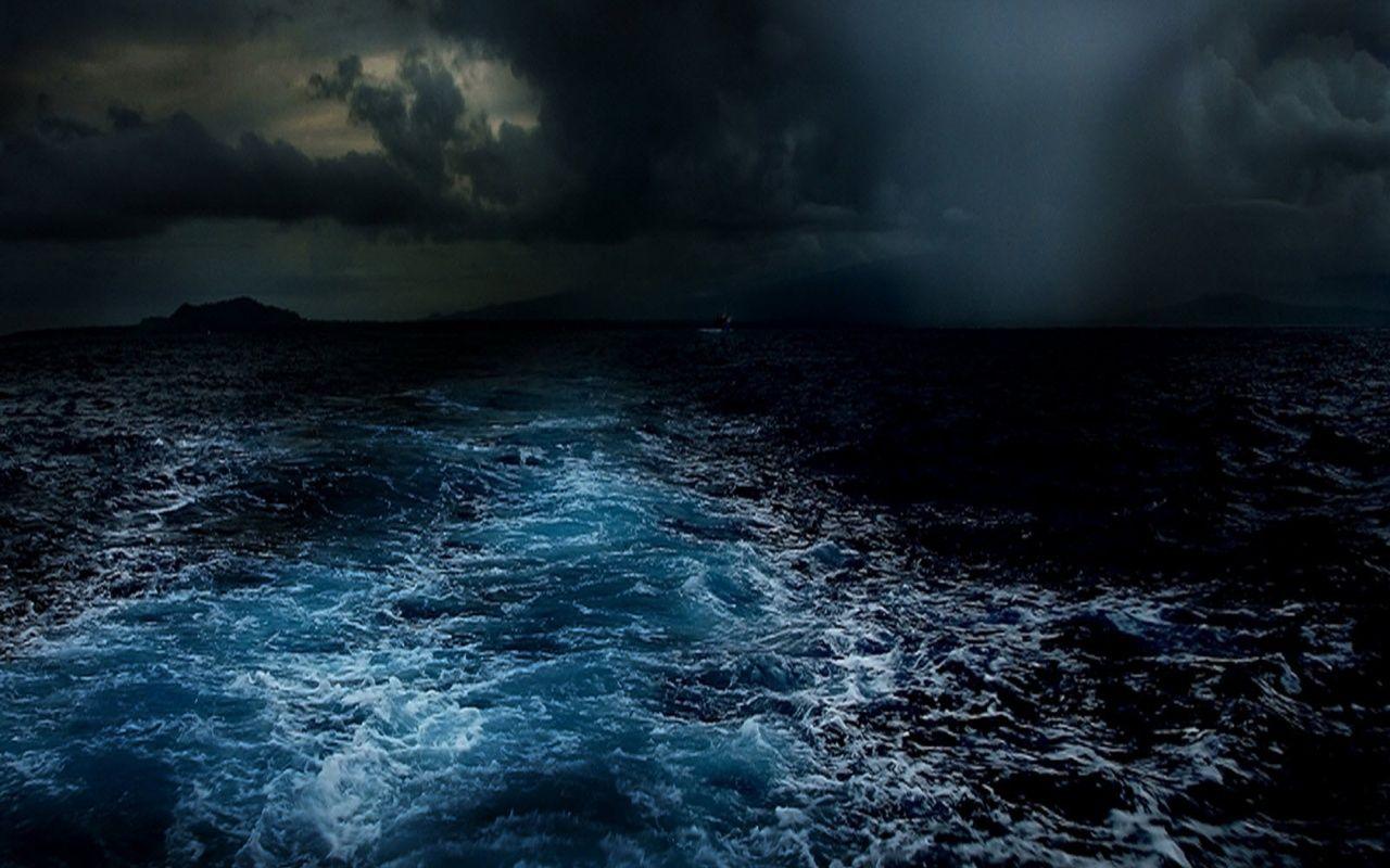 Что будет, если оказаться во время цунами в открытом океане
