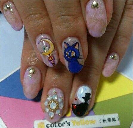 Sailor moon nail art :) | Sailor Moon | Pinterest