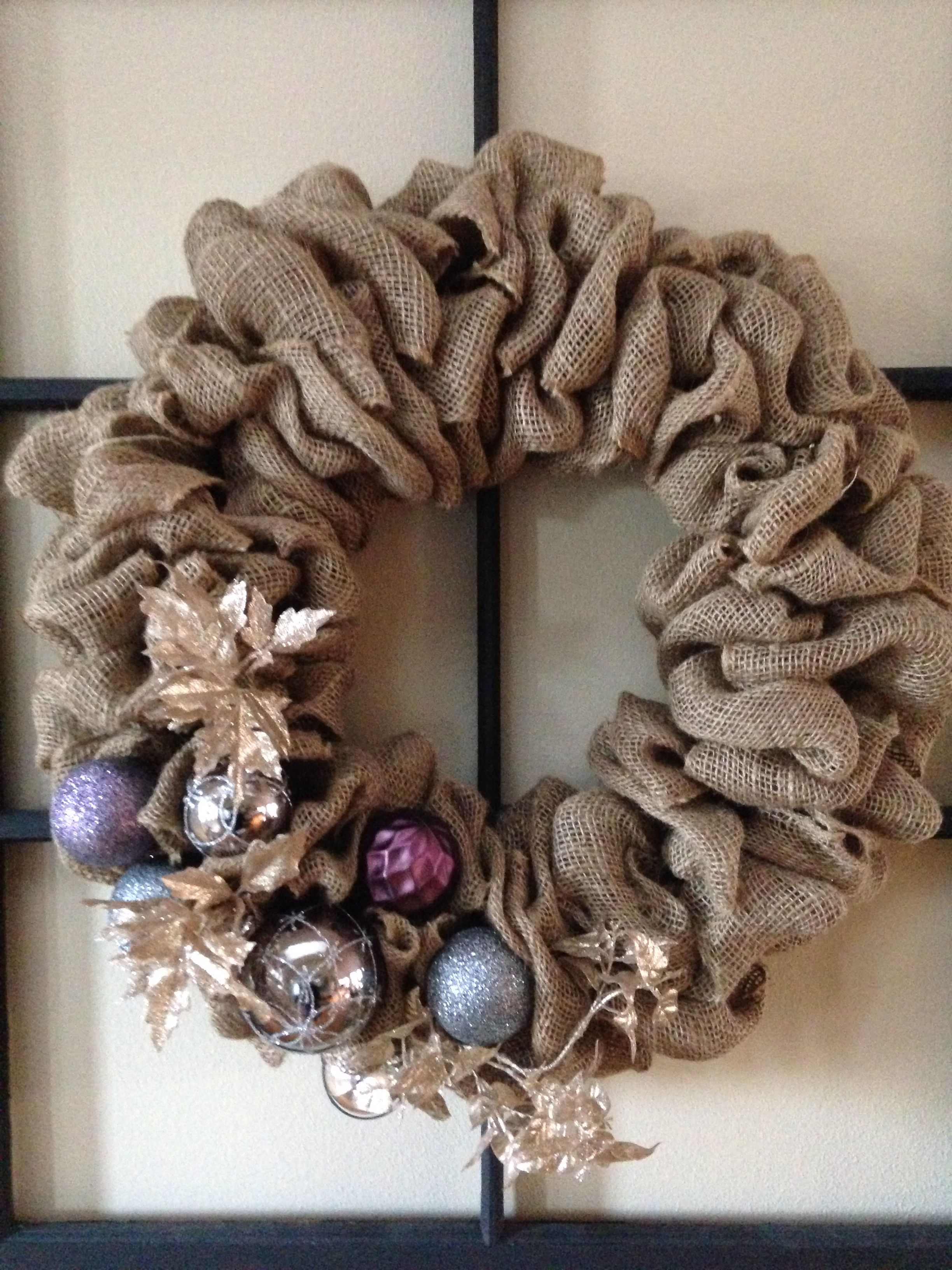 Burlap christmas wreath christmas pinterest Burlap xmas wreath