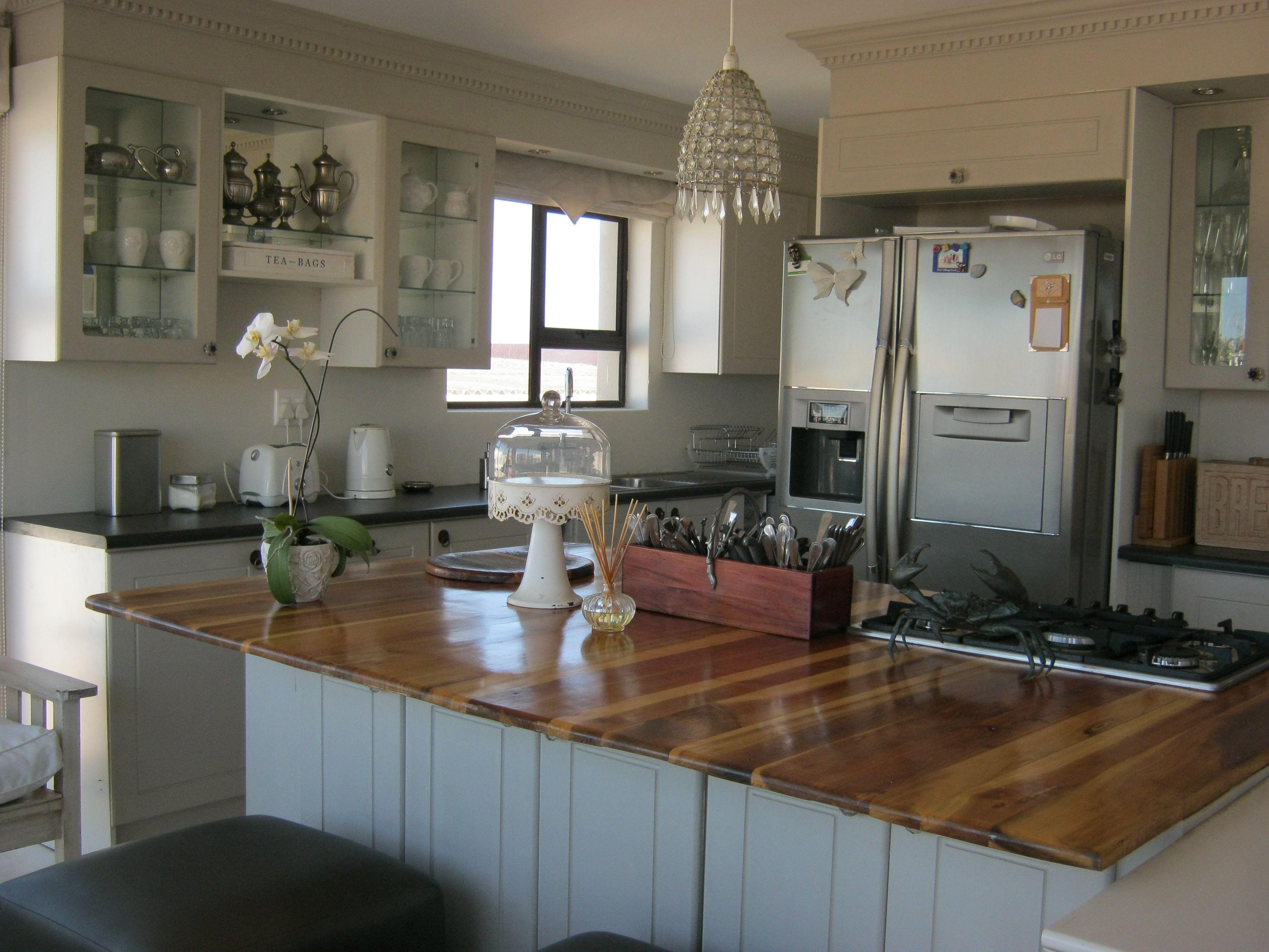 Beach Cottage Kitchen Similiar Small Beach House Kitchens Keywords
