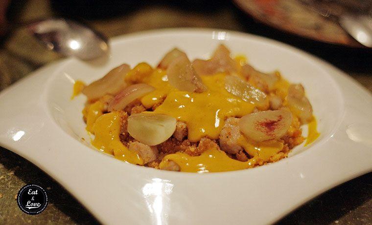 Migas de pastor con jengibre, secreto ibérico, mango y curry - Gastrocroquetería de Chema - restaurante Madrid