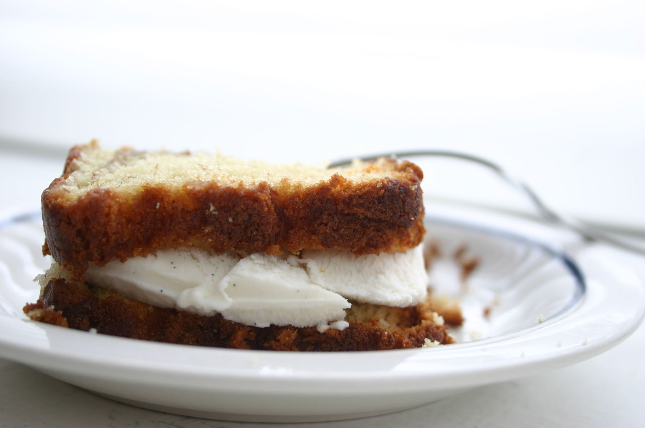 Banana bread ice cream sandwich | Sweets & Treats | Pinterest