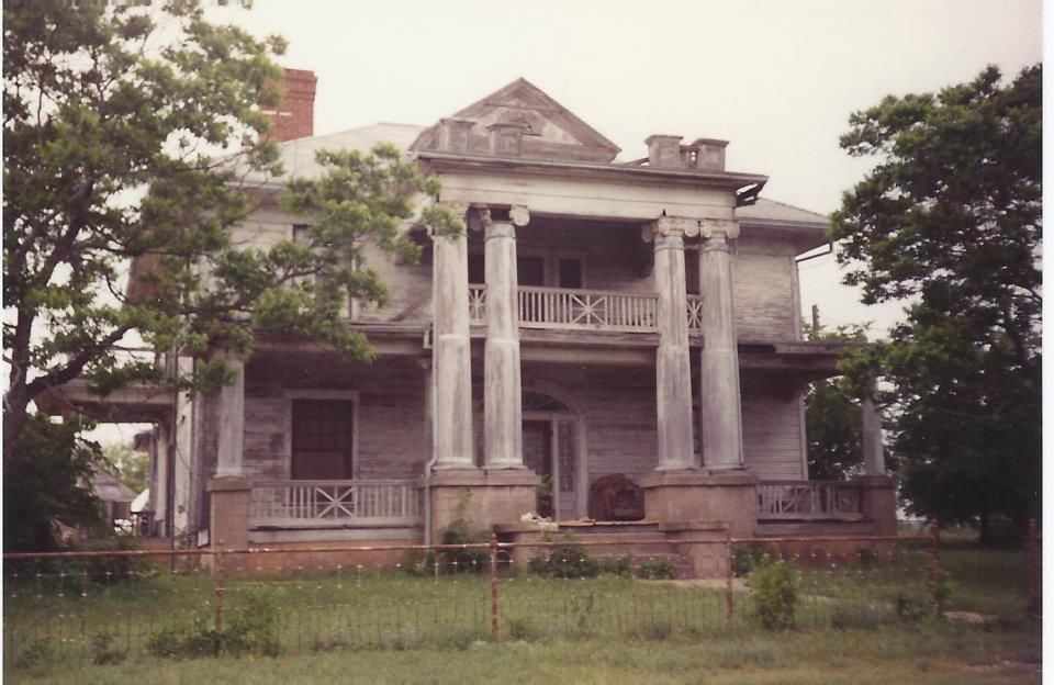 Old House In Hamilton Texas Historic And Or Abandoned
