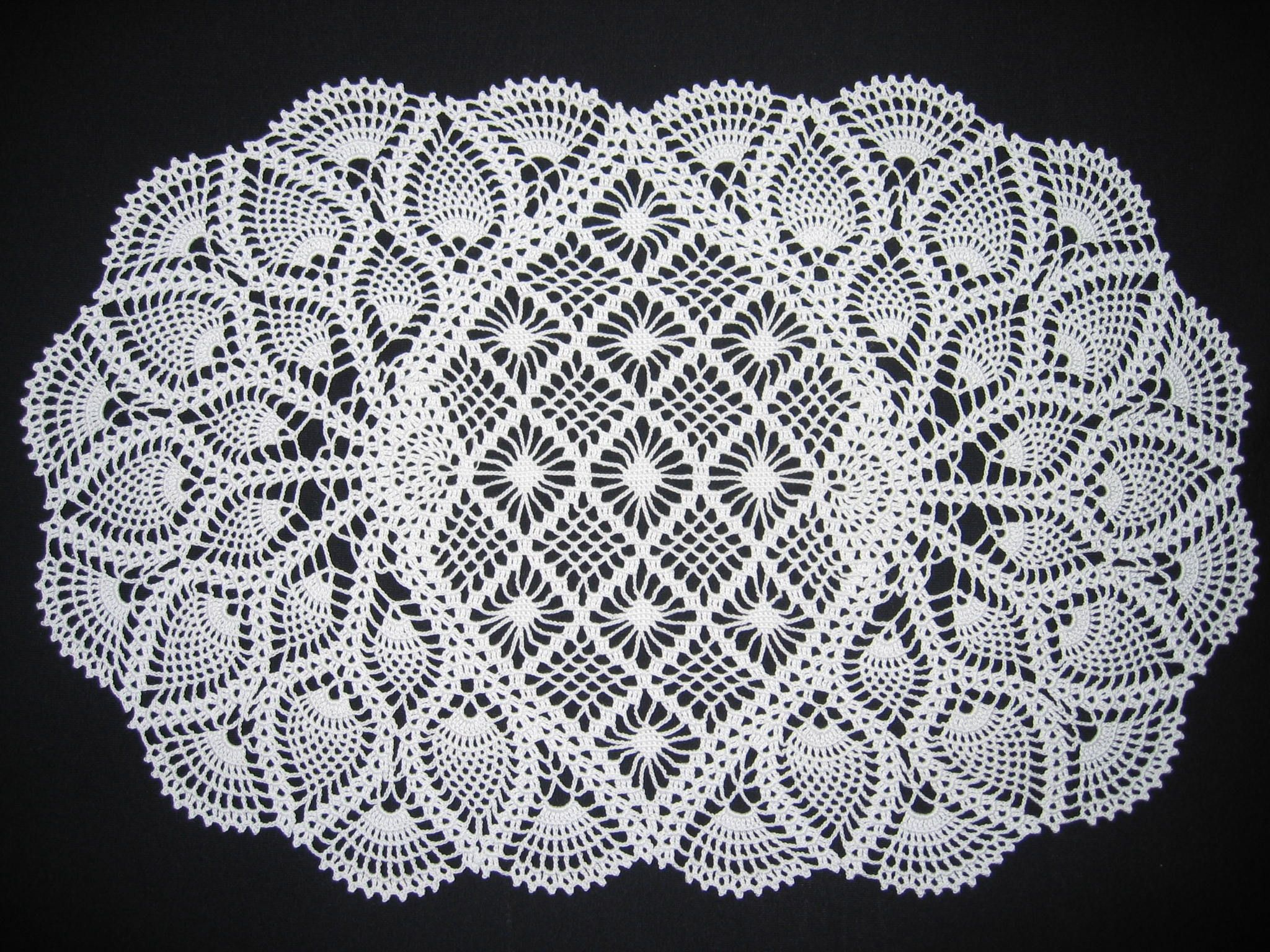 Oval crochet pineapple doily knit/crochet Pinterest