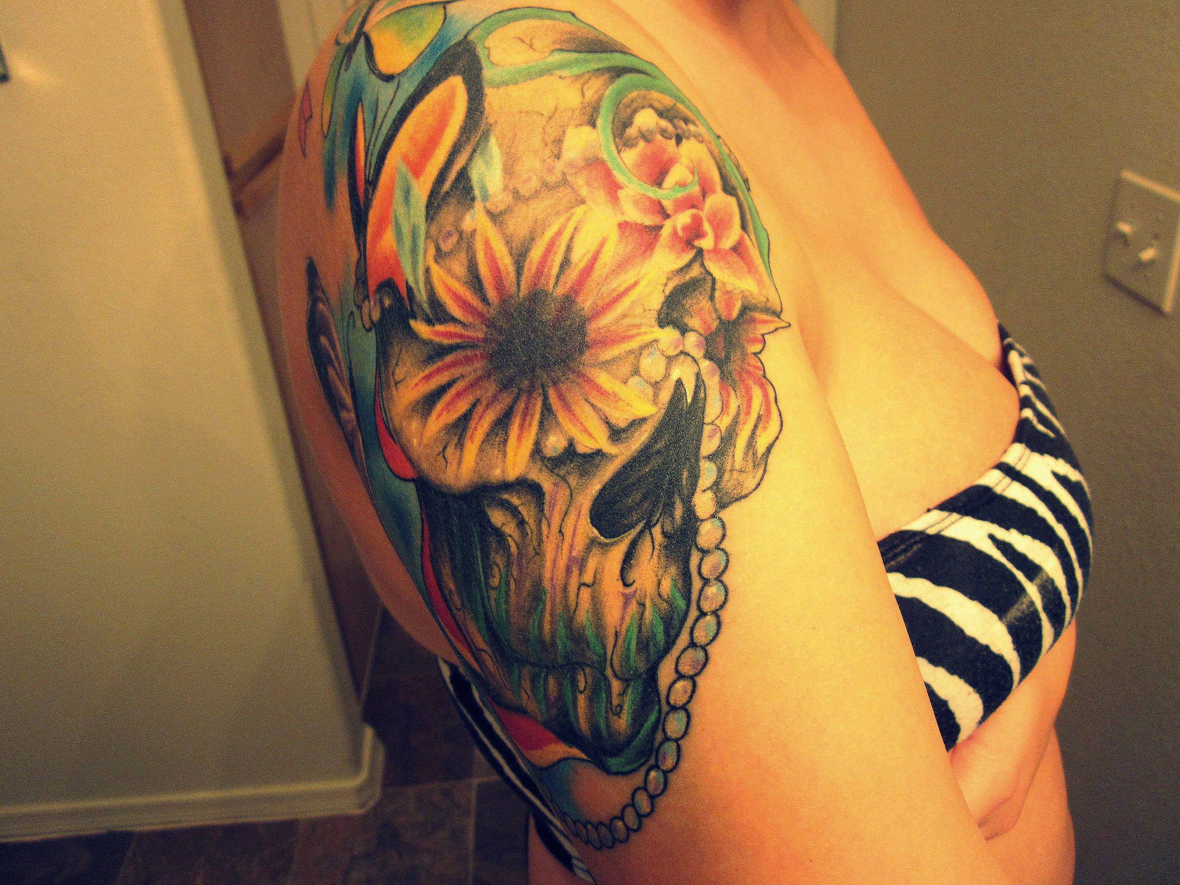 Flower skull tattoo Tattoos and other fancy stuff