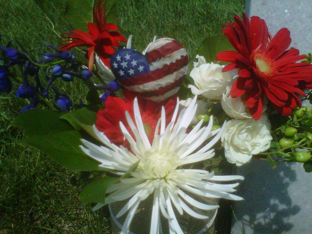 memorial day flowers arlington cemetery