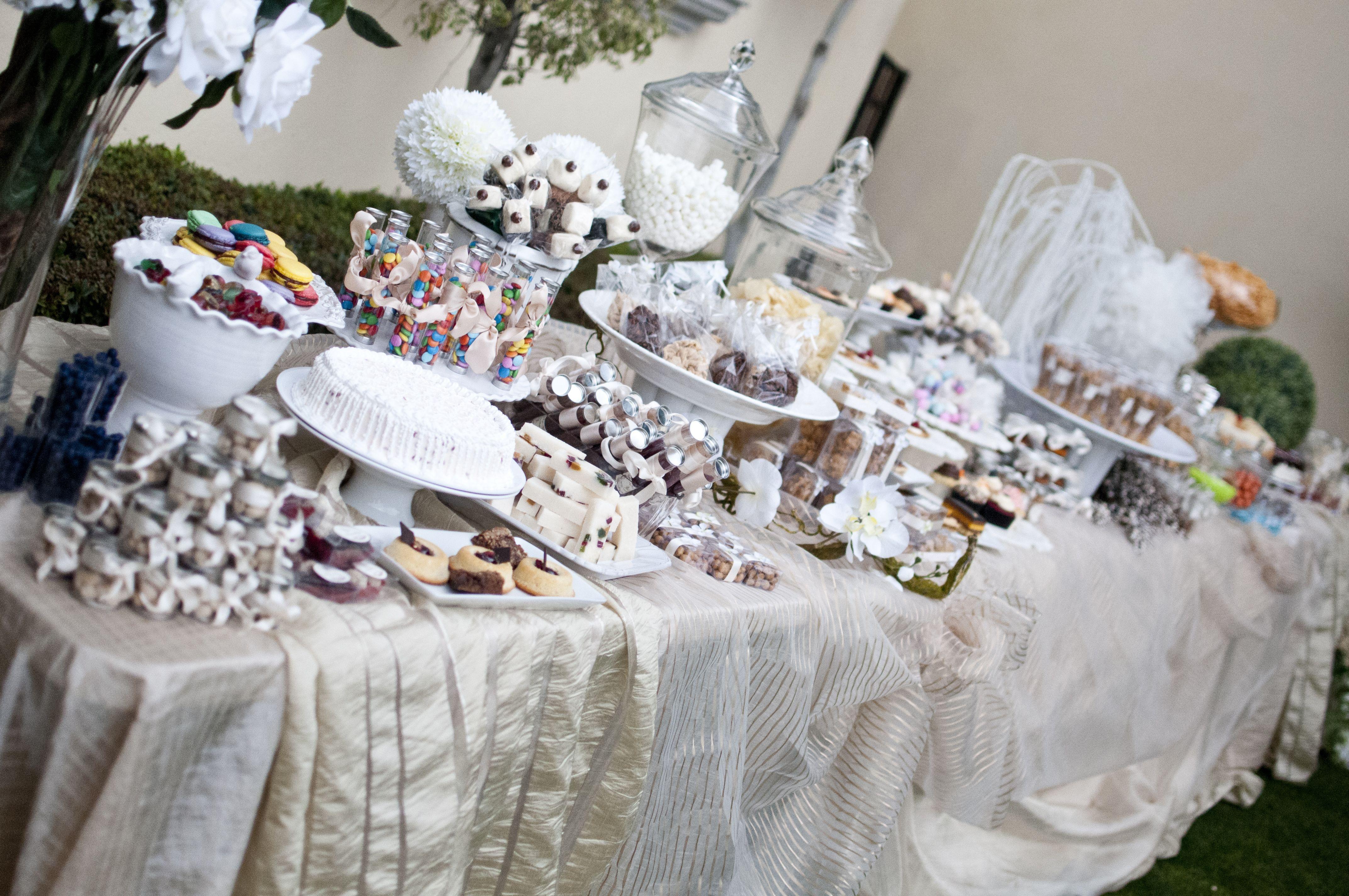 Pin it 3 like 4 image for Mesas de dulces para bodas precios