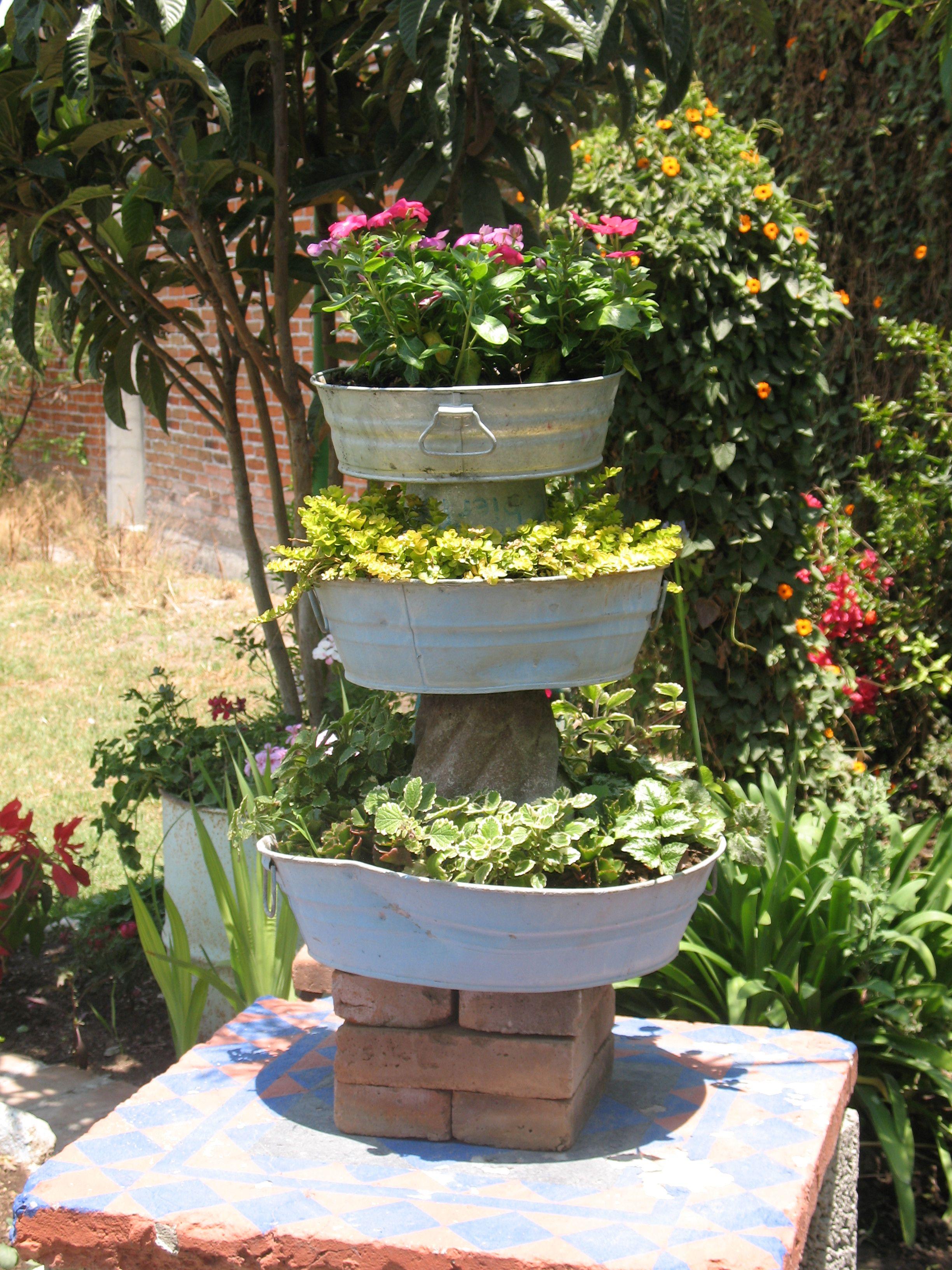 Recycling life garden ideas pinterest for Recycled garden ideas pinterest