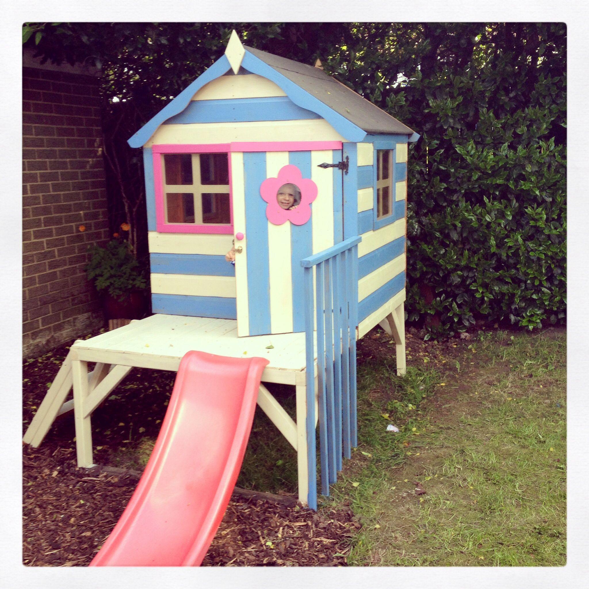 Beach hut playhouse playhouse decor ideas pinterest for Beach hut decoration ideas