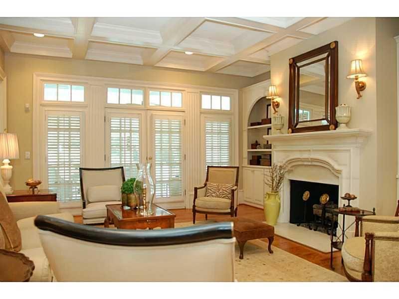 Off white living room living family rooms pinterest for Living room pinterest