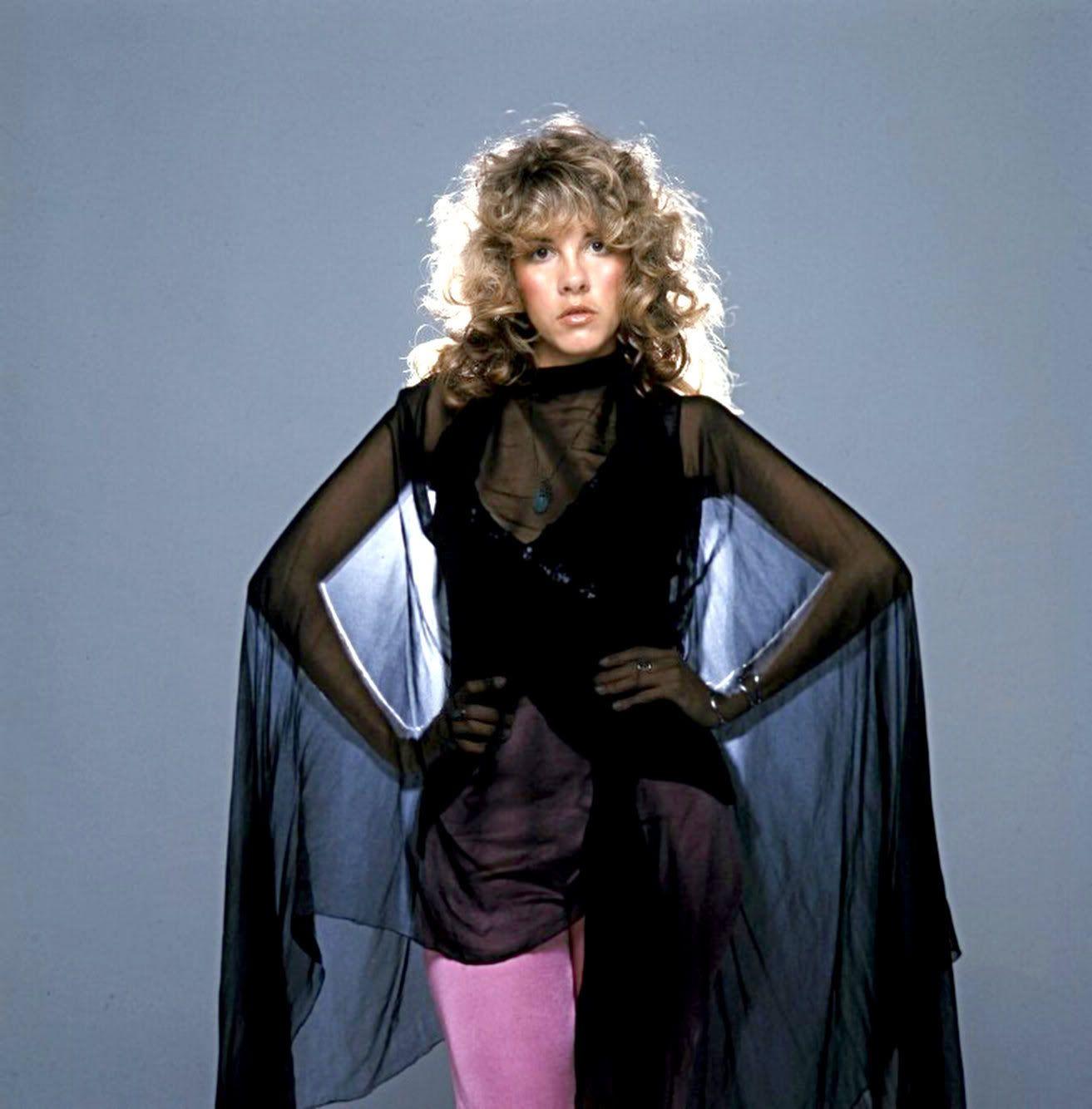 Stevie nicks 80s fashion