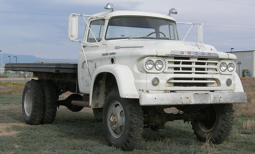 Dodge Power Wagon W500 | Autos Post