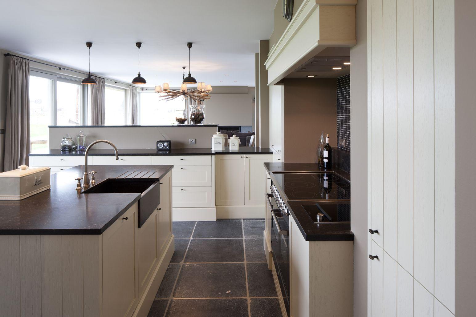 Aanbouw Keuken Landelijk : Pin by Anja De Muyer on Kitchens Pinterest