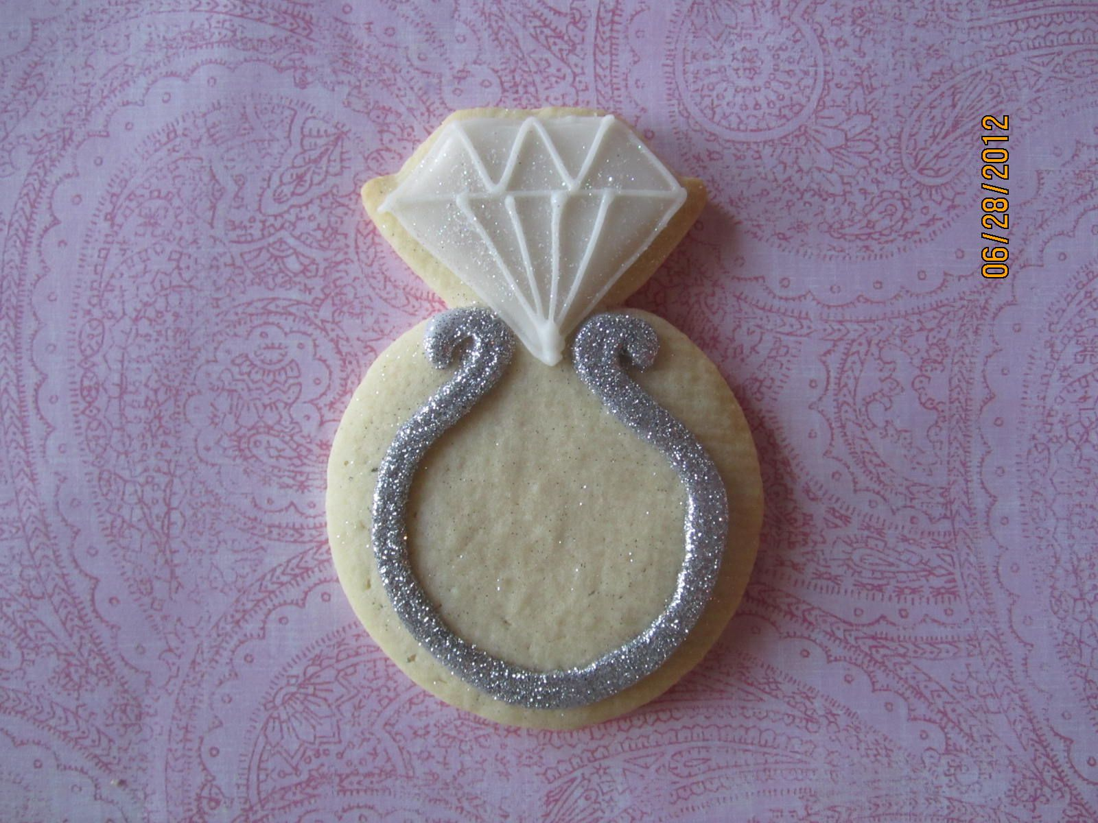 engagement ring cookie cake designs