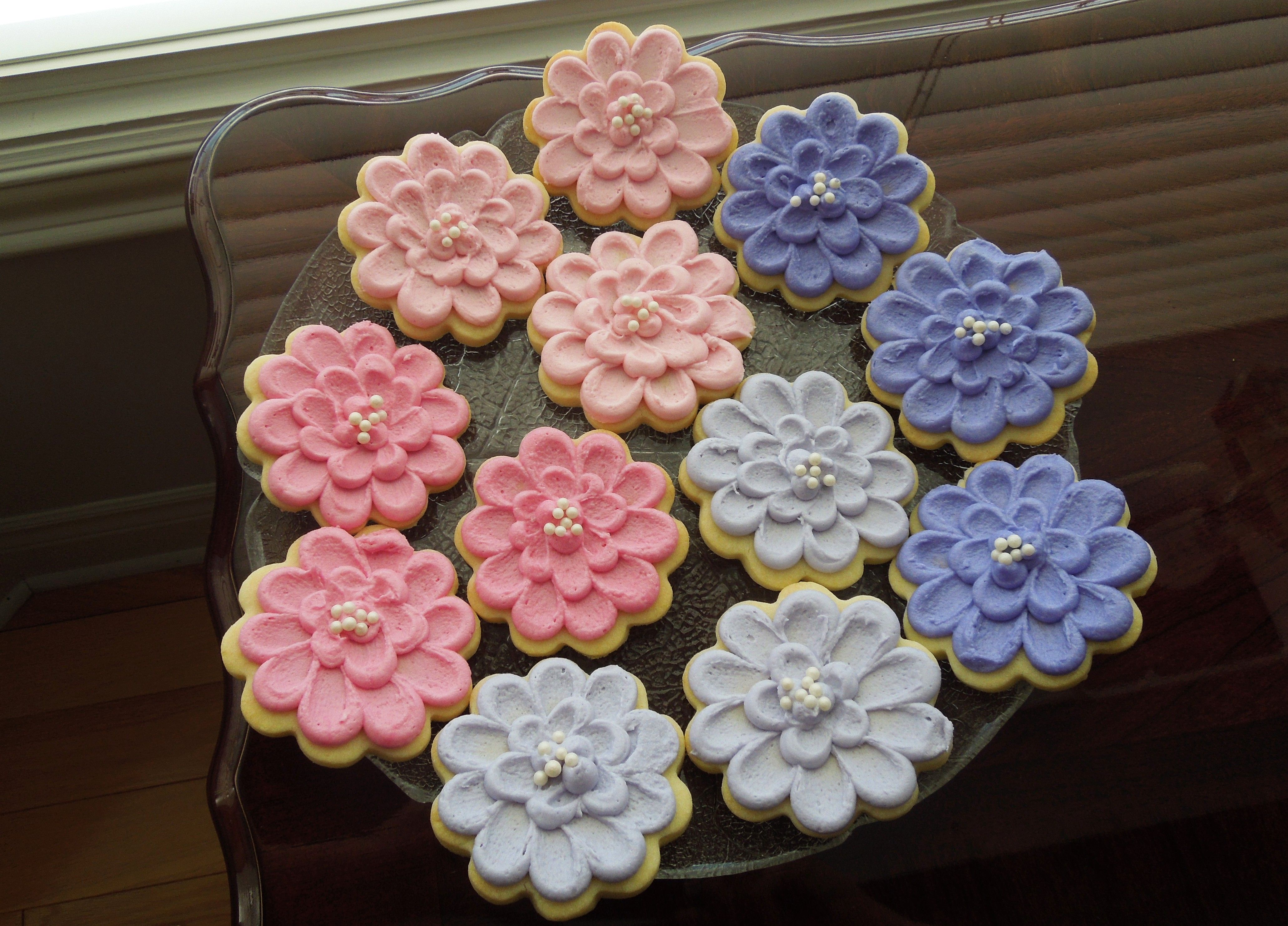 how to frost cookies with buttercream