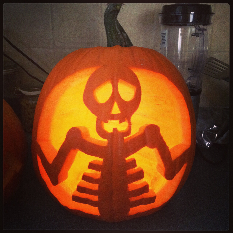 Pumpkin carving of a skeleton kid stuff pinterest for Skeleton pumpkin design