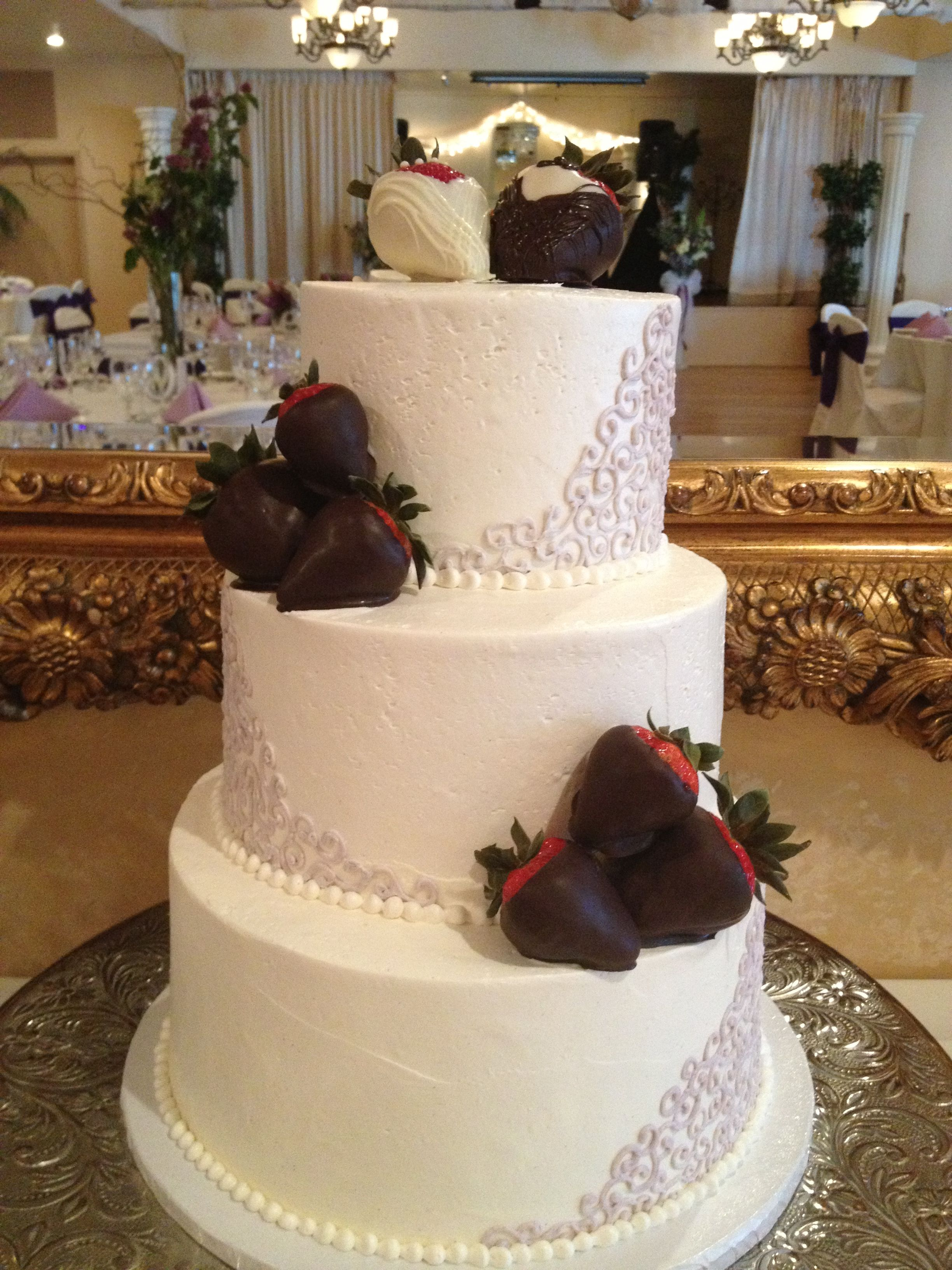 Pin By Veronica Villarreal On Wedding Cakes Pinterest