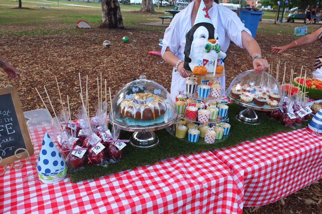 Picnic dessert table | K I D S P A R T I E S | Pinterest
