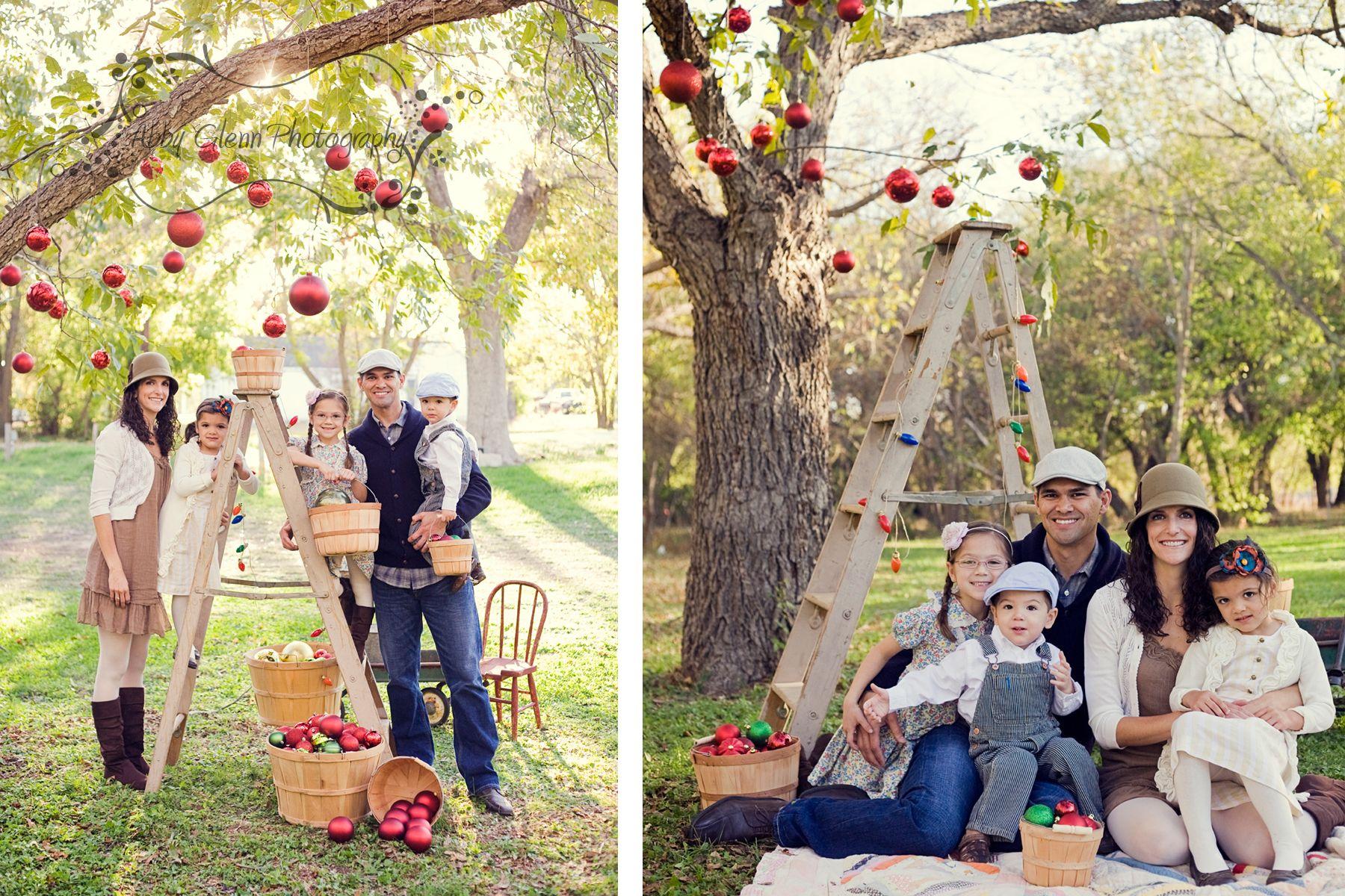 Creative christmas family photo ideas