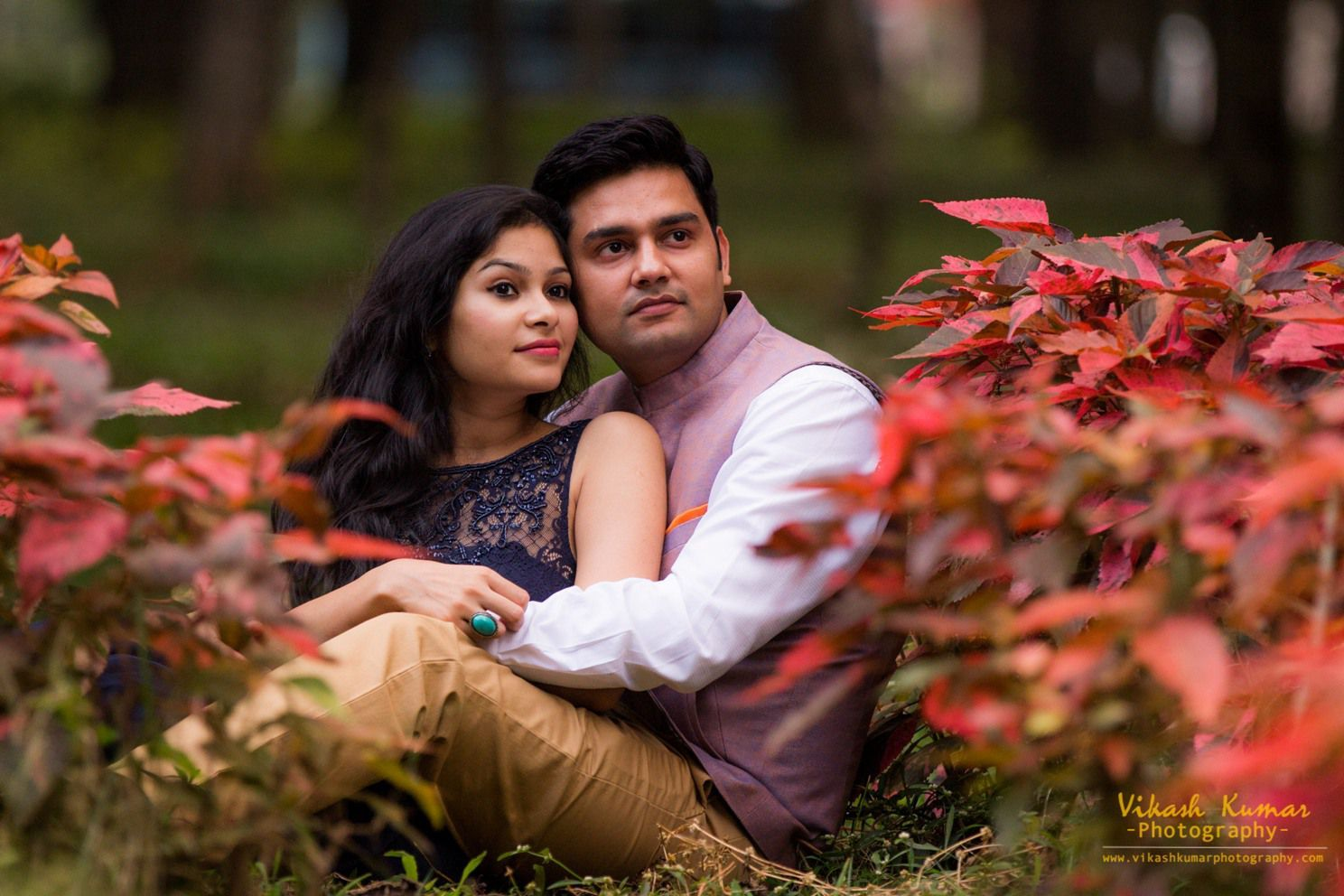 10 outfits you can wear for your PreWedding Photoshoot - Frugal2Fab Pre wedding photos pinterest