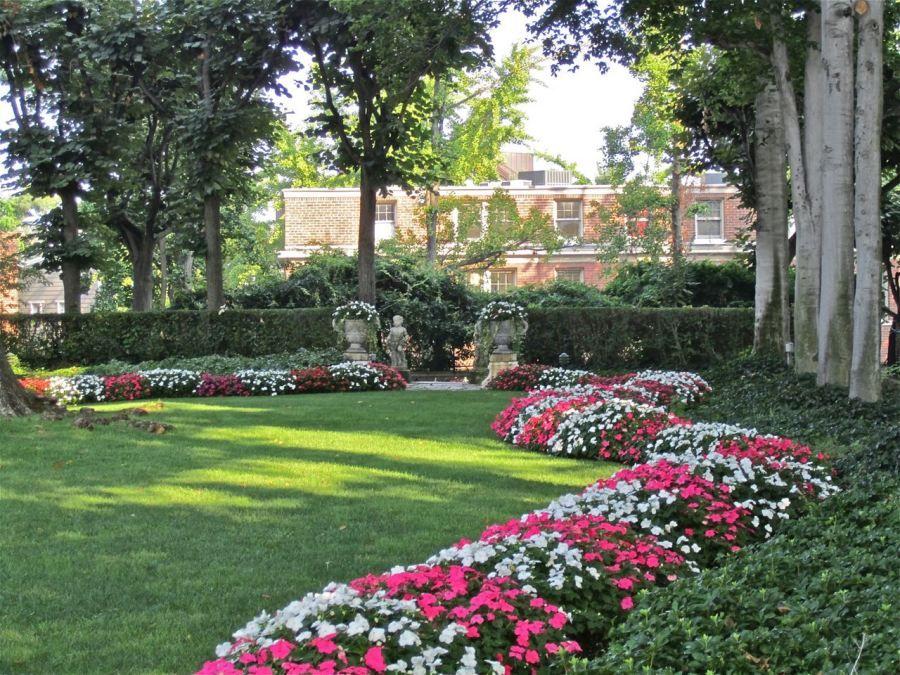 Pink and White Impatiens garden Pinterest