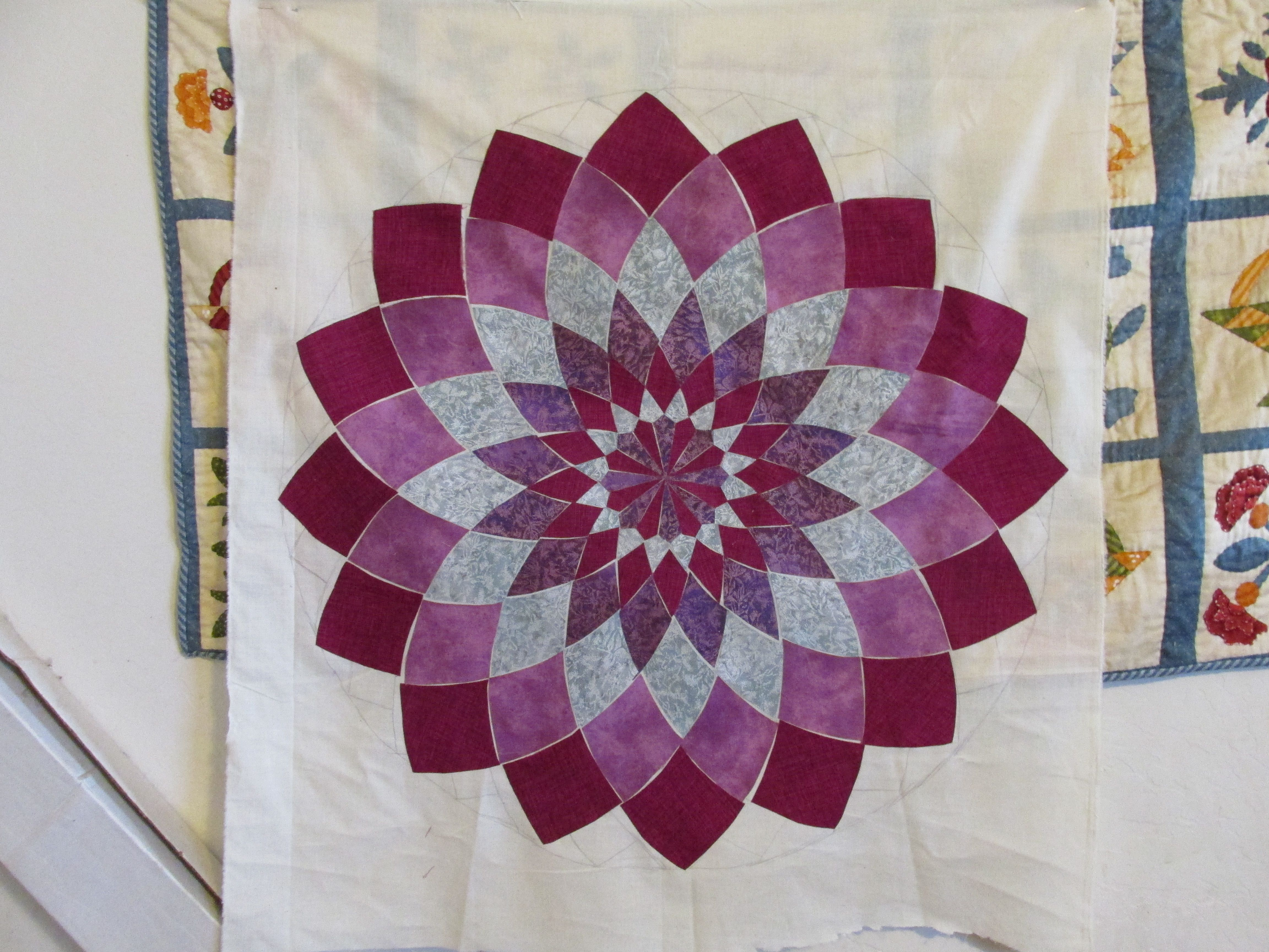 Giant Dahlia Quilt Images : Progress on my Giant Dahlia Quilt Dahlia Quilts Pinterest